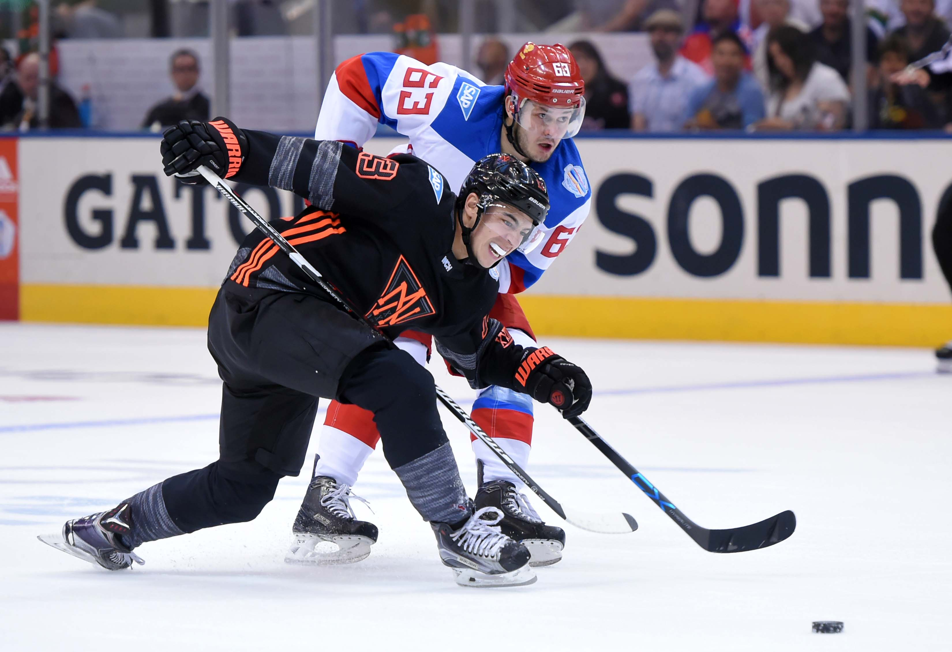 9553825-hockey-world-cup-of-hockey-team-north-america-vs-team-russia