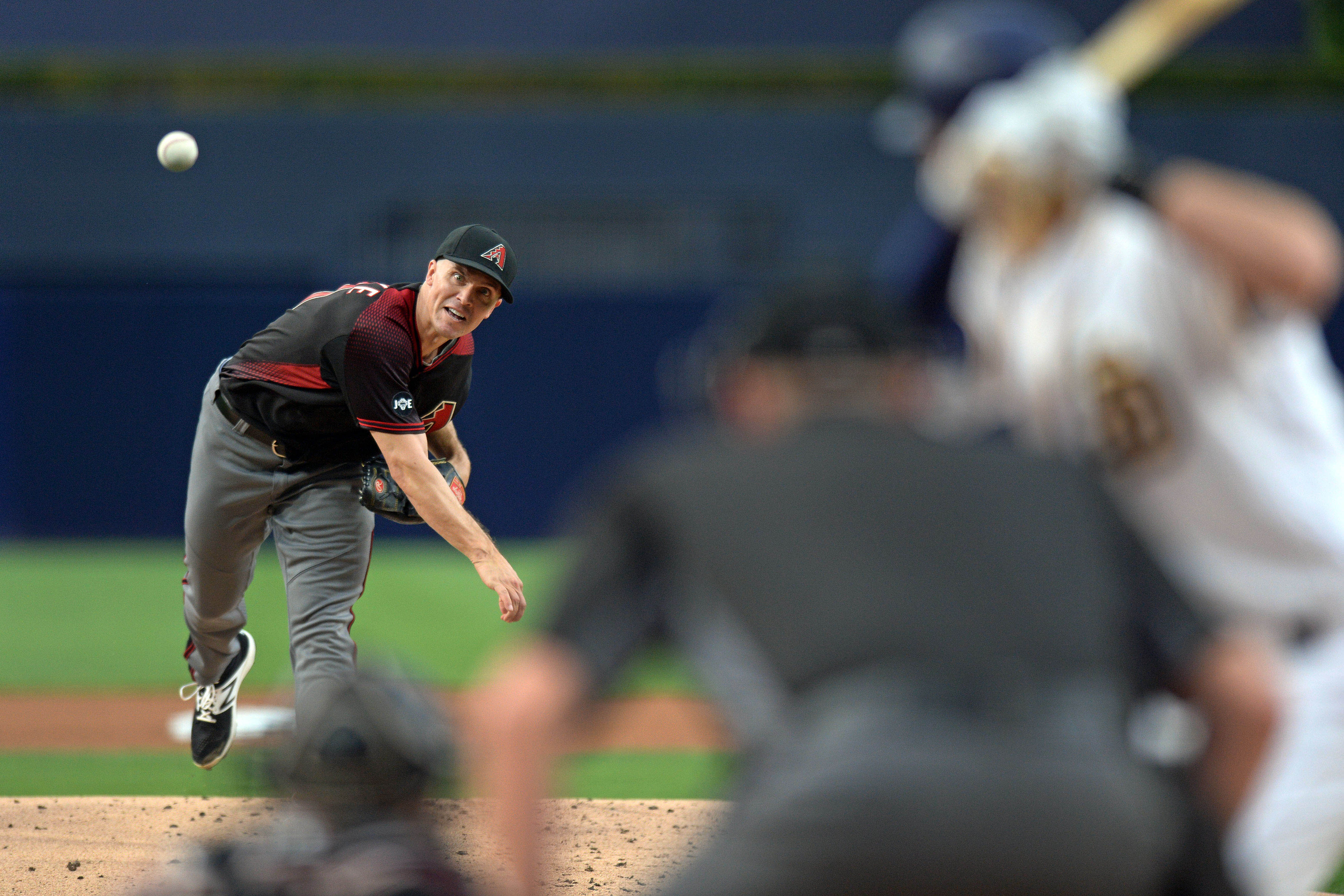 9556632-mlb-arizona-diamondbacks-at-san-diego-padres