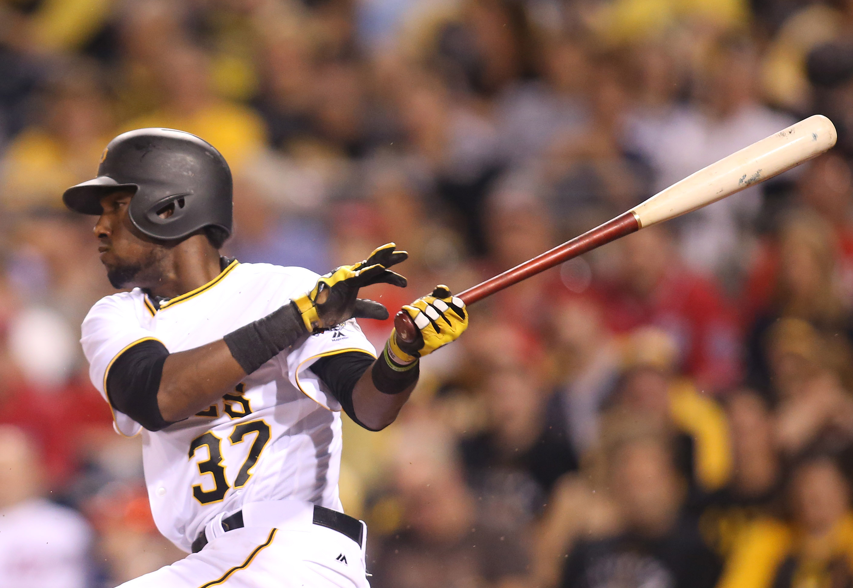 9559403-mlb-washington-nationals-at-pittsburgh-pirates