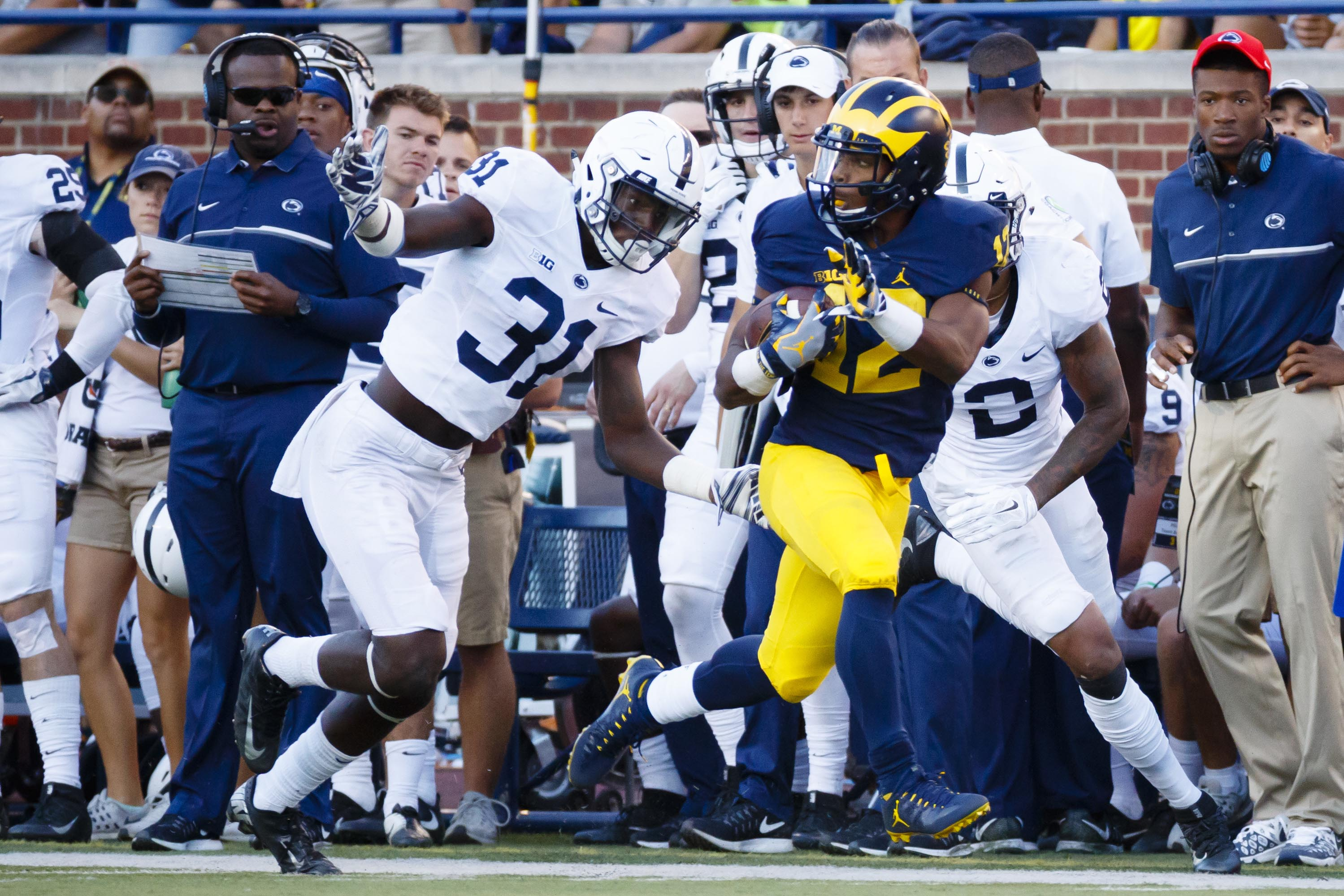 9561857-ncaa-football-penn-state-at-michigan
