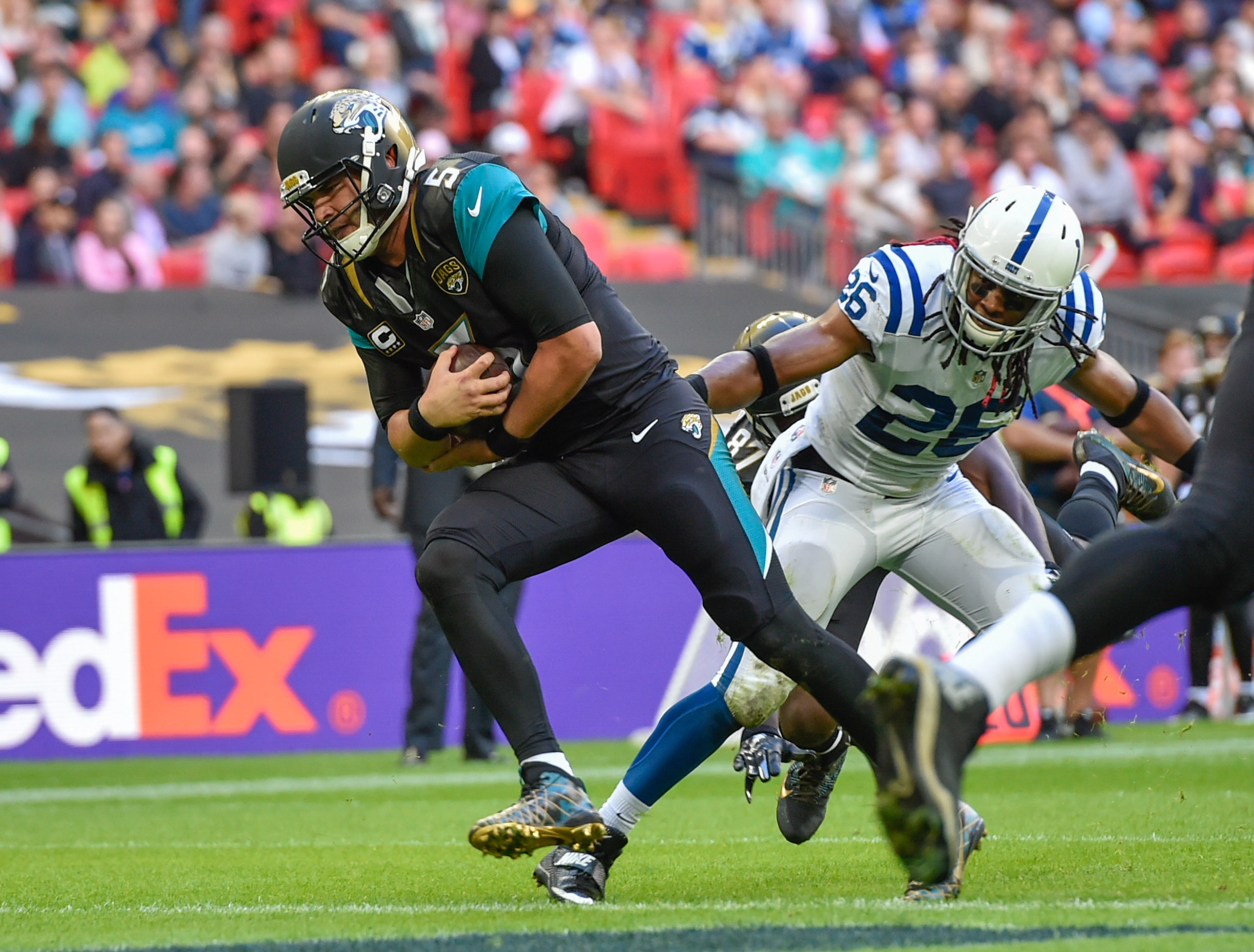 9584184-nfl-international-series-indianapolis-colts-at-jacksonville-jaguars