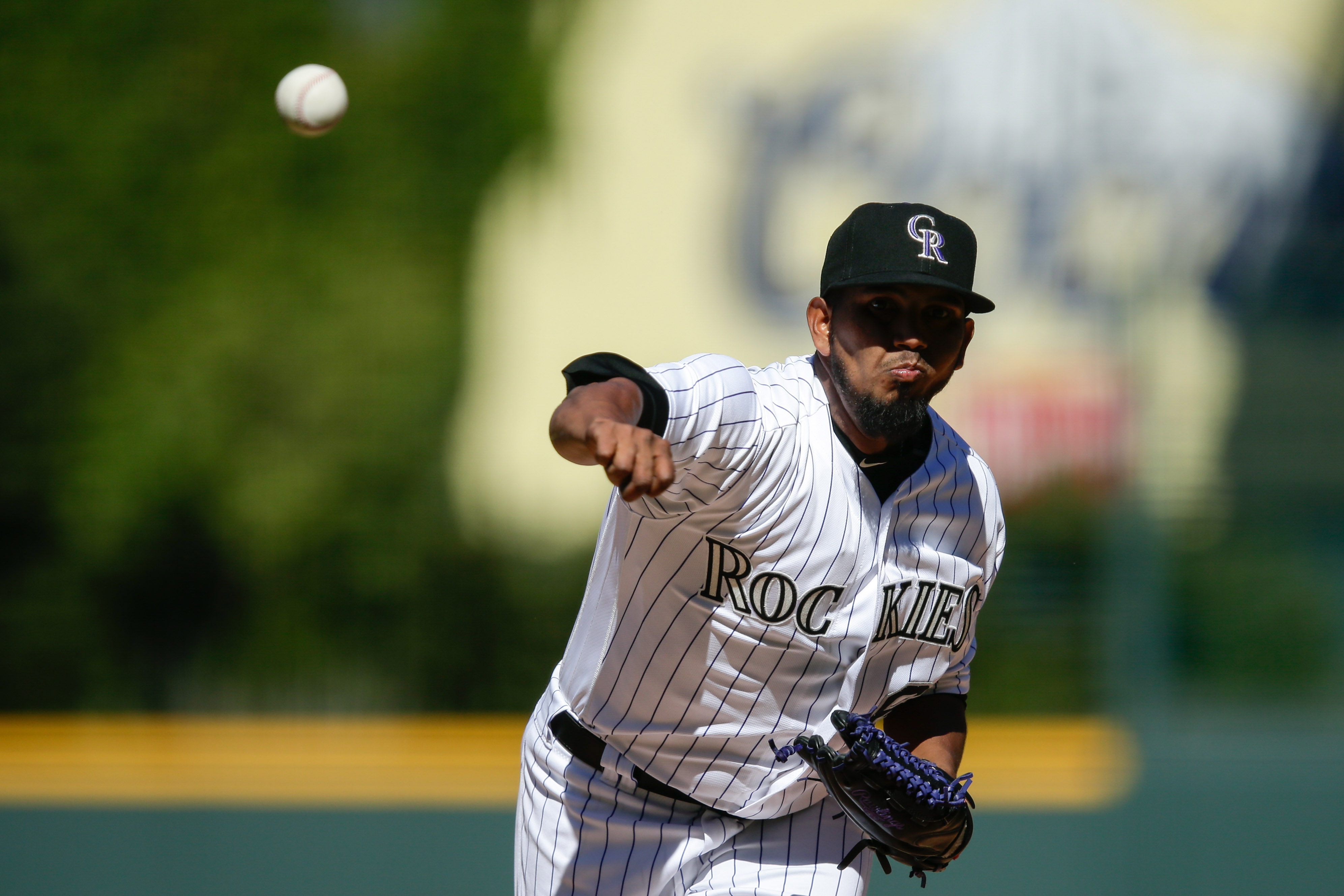 9585182-mlb-milwaukee-brewers-at-colorado-rockies