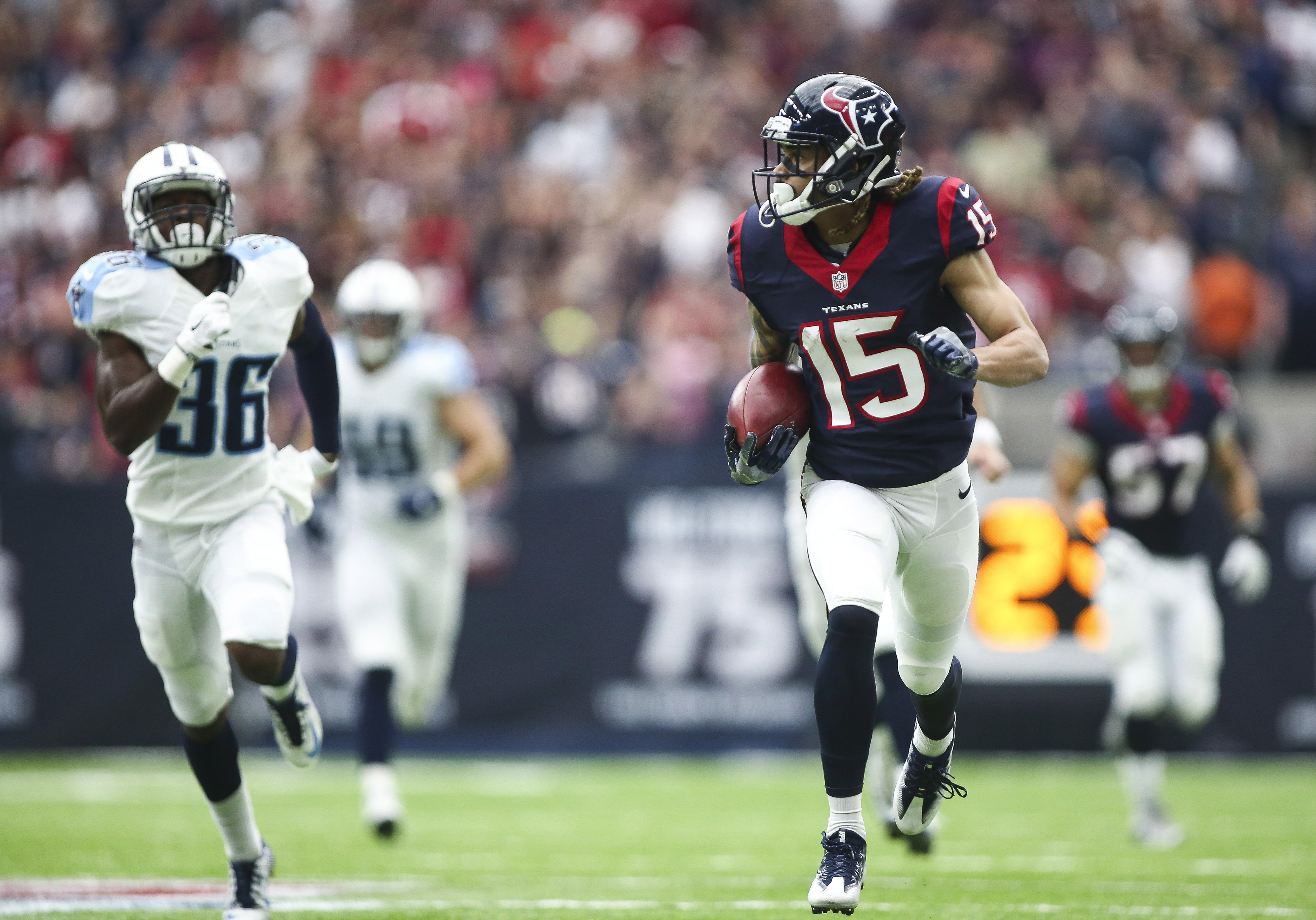 9585655-nfl-tennessee-titans-at-houston-texans
