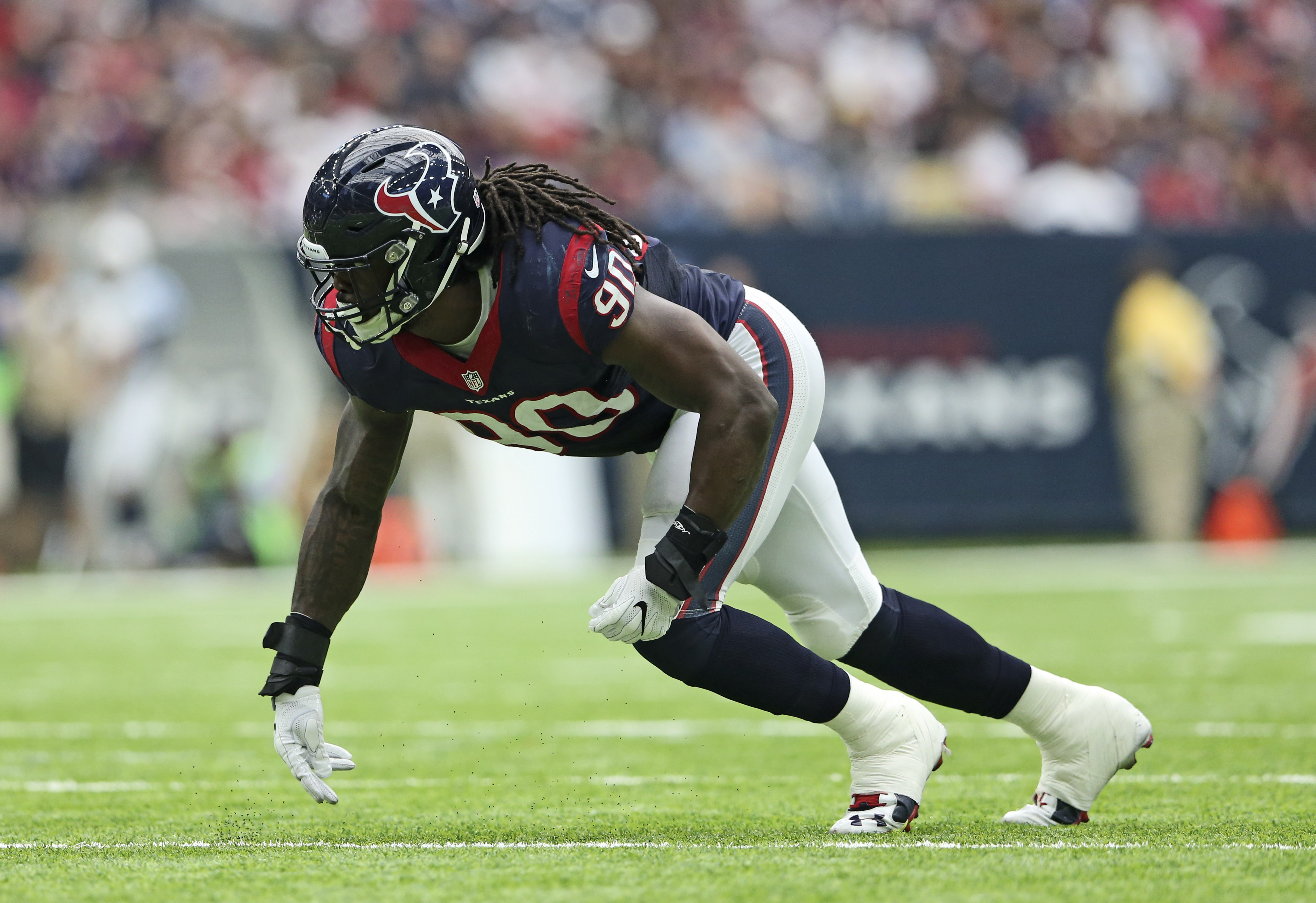 9595822-nfl-tennessee-titans-at-houston-texans