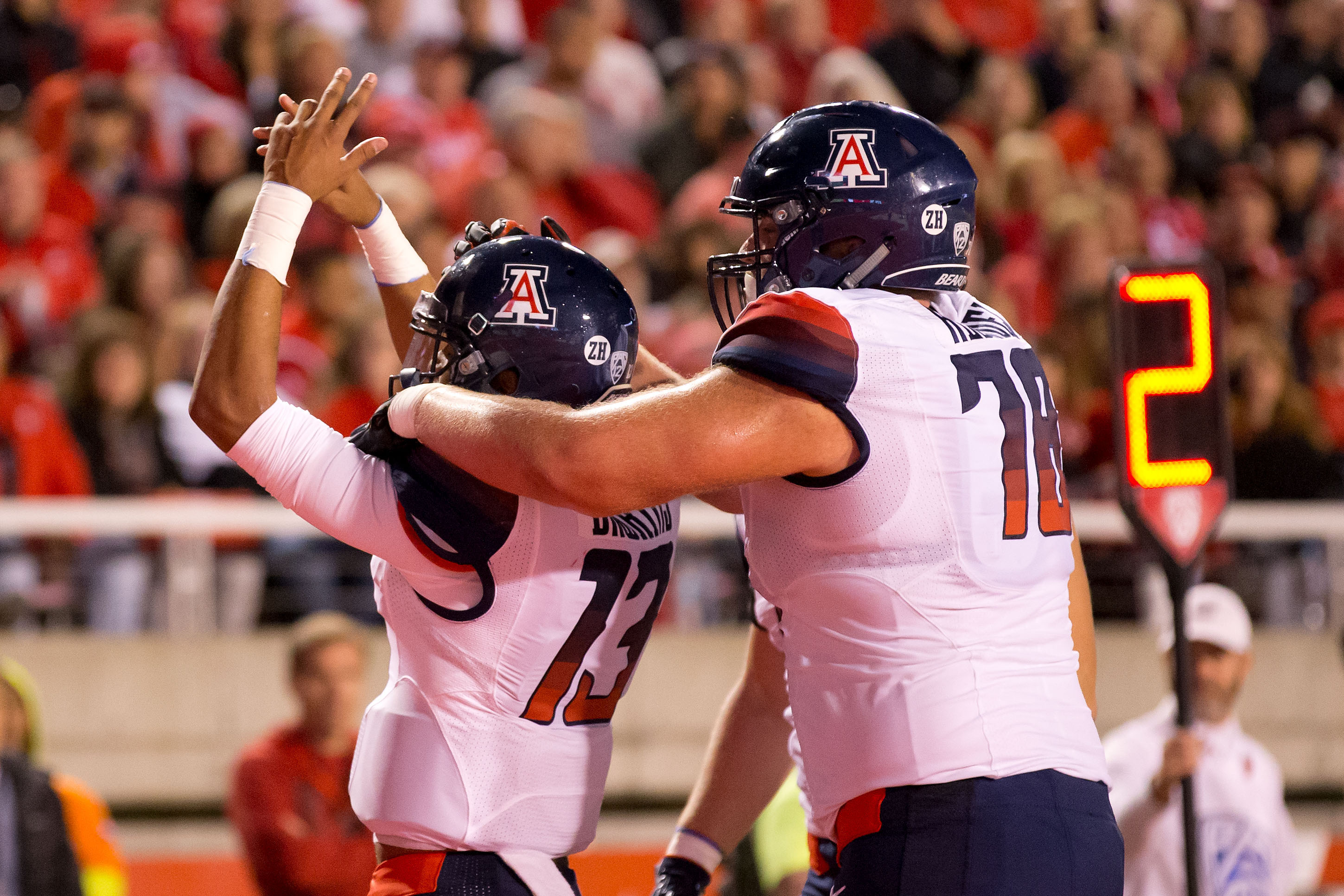 9597472-ncaa-football-arizona-at-utah