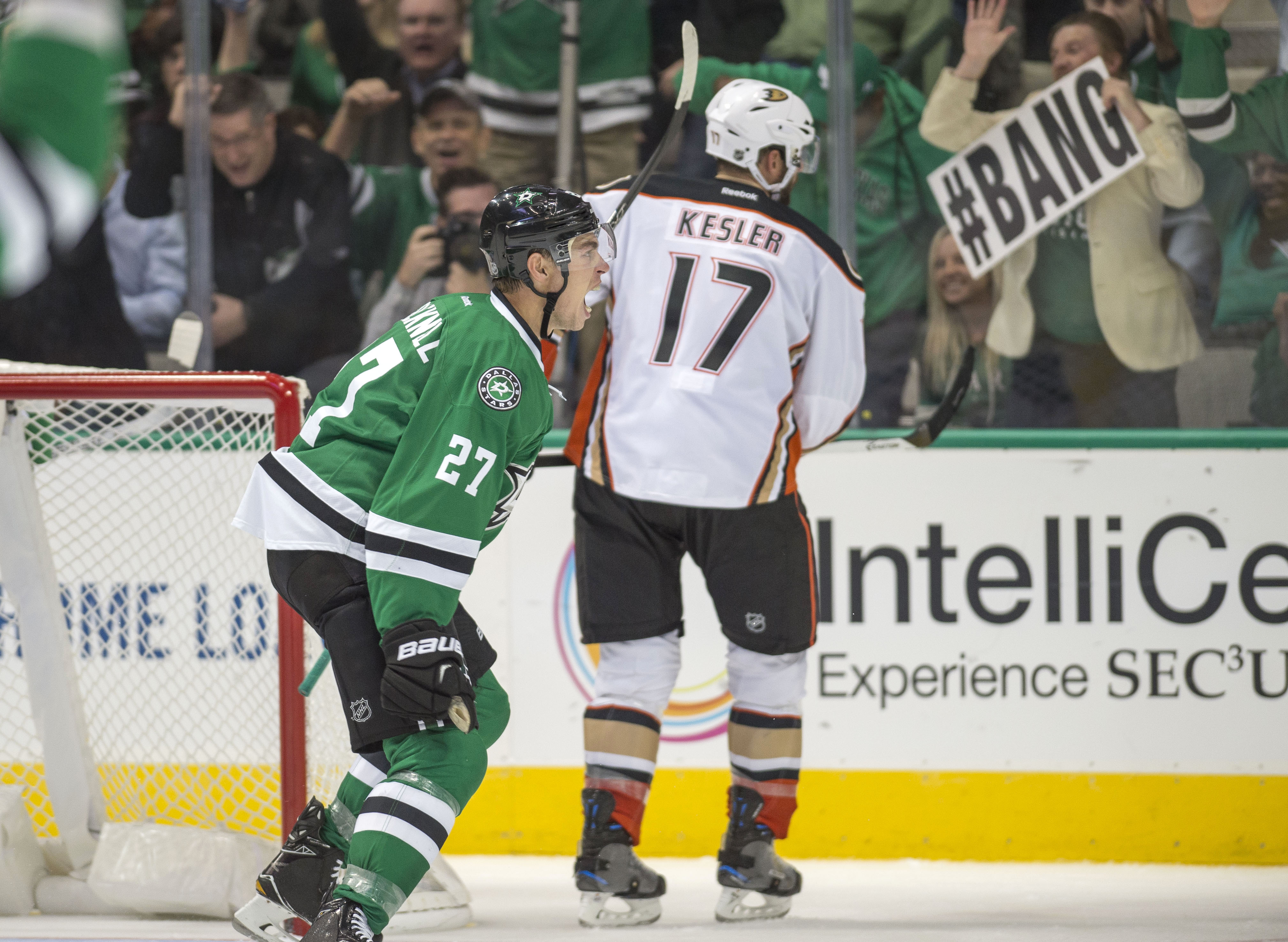 9604821-nhl-anaheim-ducks-at-dallas-stars