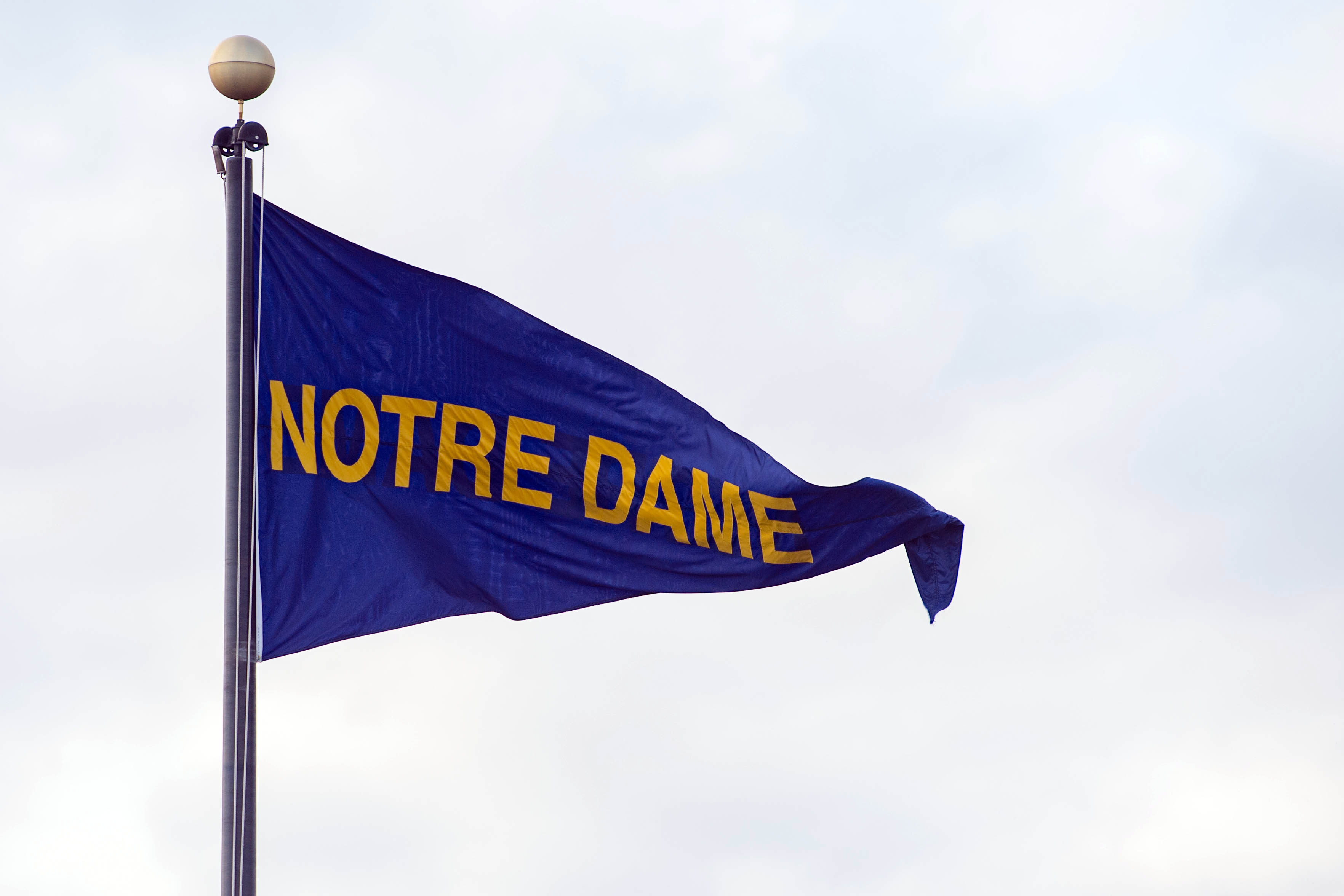 9608734-ncaa-football-stanford-at-notre-dame