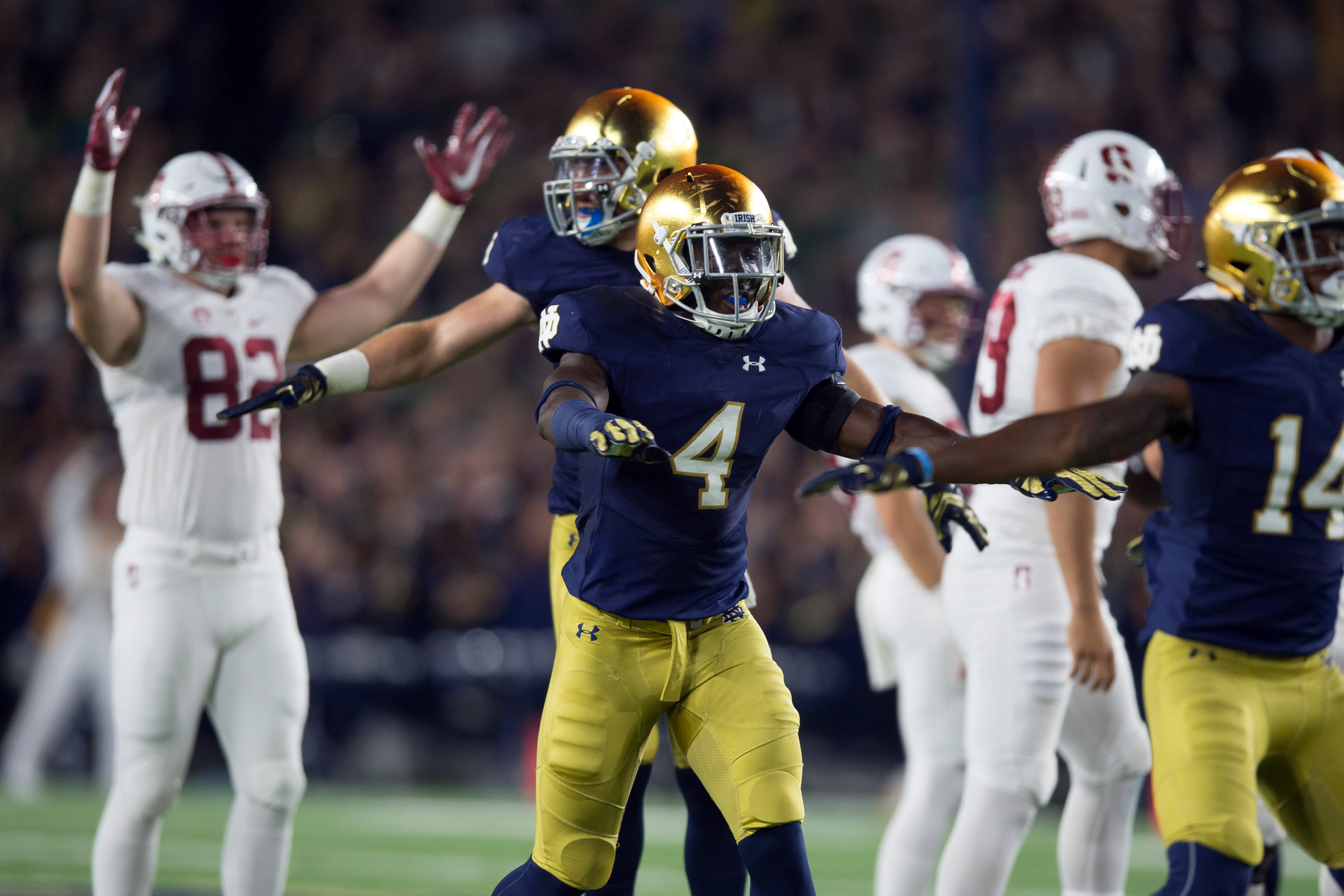 9608947-ncaa-football-stanford-at-notre-dame