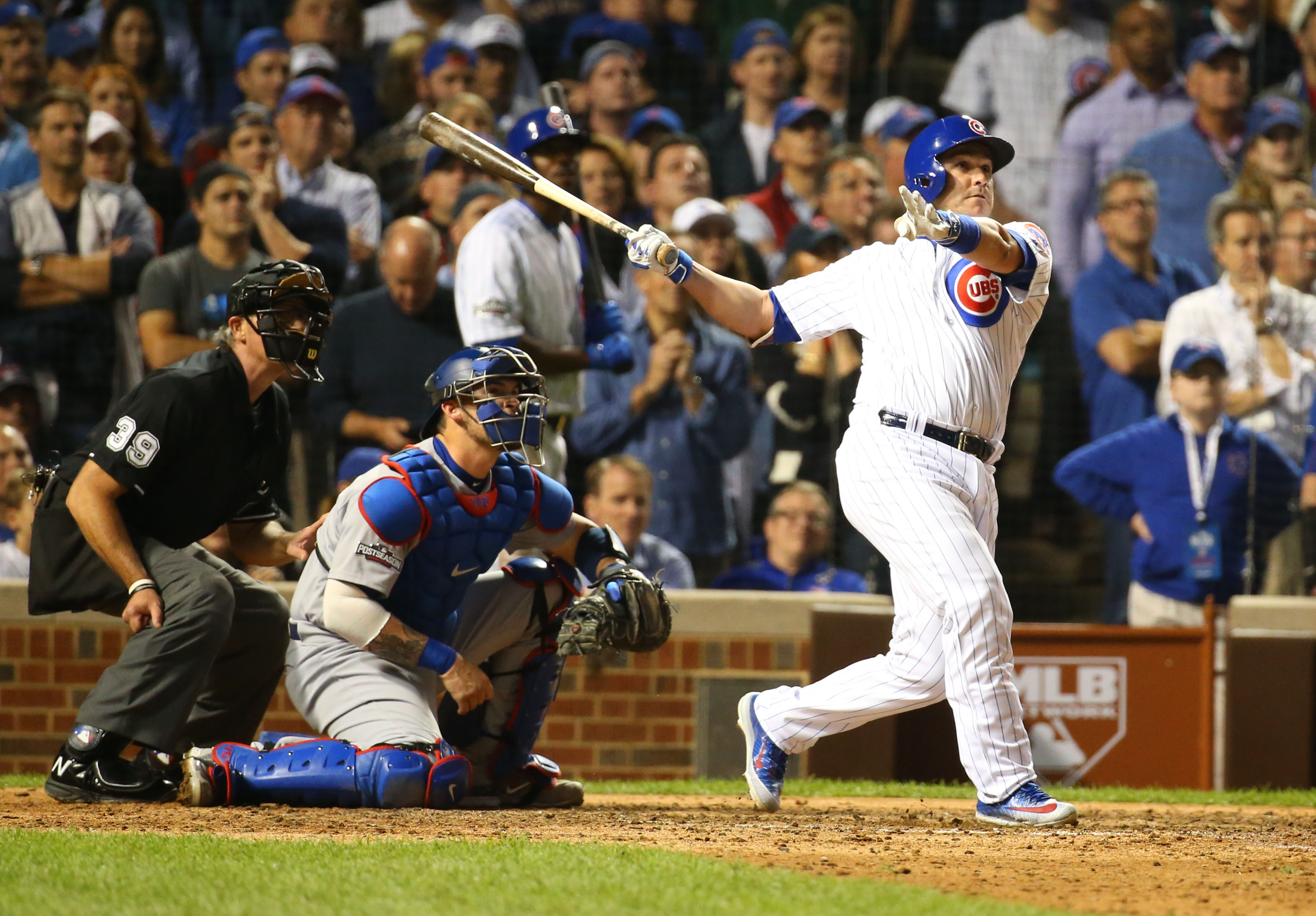 9609854-mlb-nlcs-los-angeles-dodgers-at-chicago-cubs
