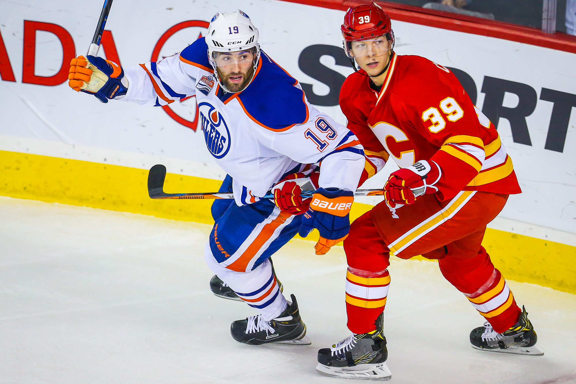 9618310-nhl-edmonton-oilers-at-calgary-flames