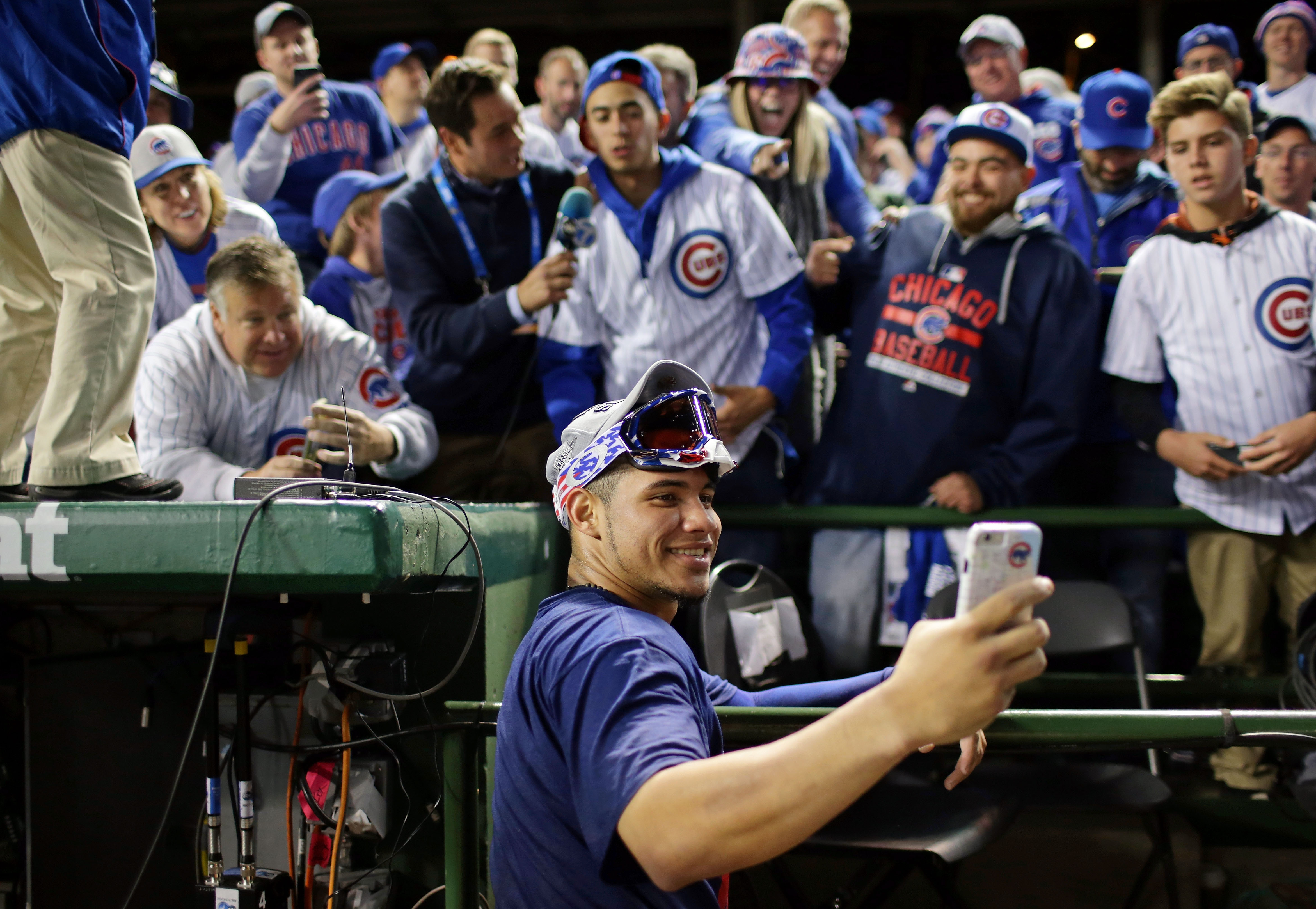 9627509-mlb-nlcs-los-angeles-dodgers-at-chicago-cubs