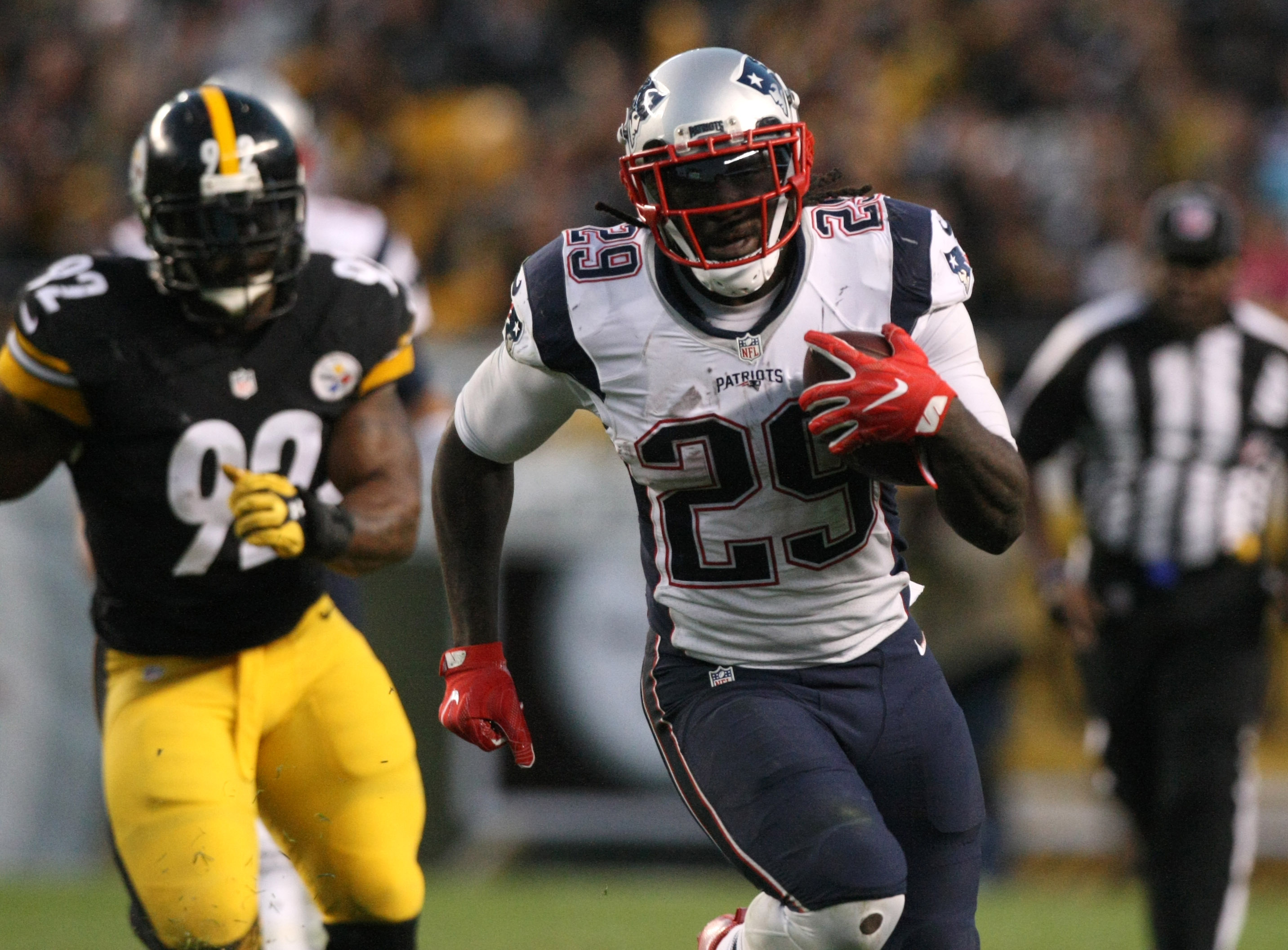 9629235-nfl-new-england-patriots-at-pittsburgh-steelers