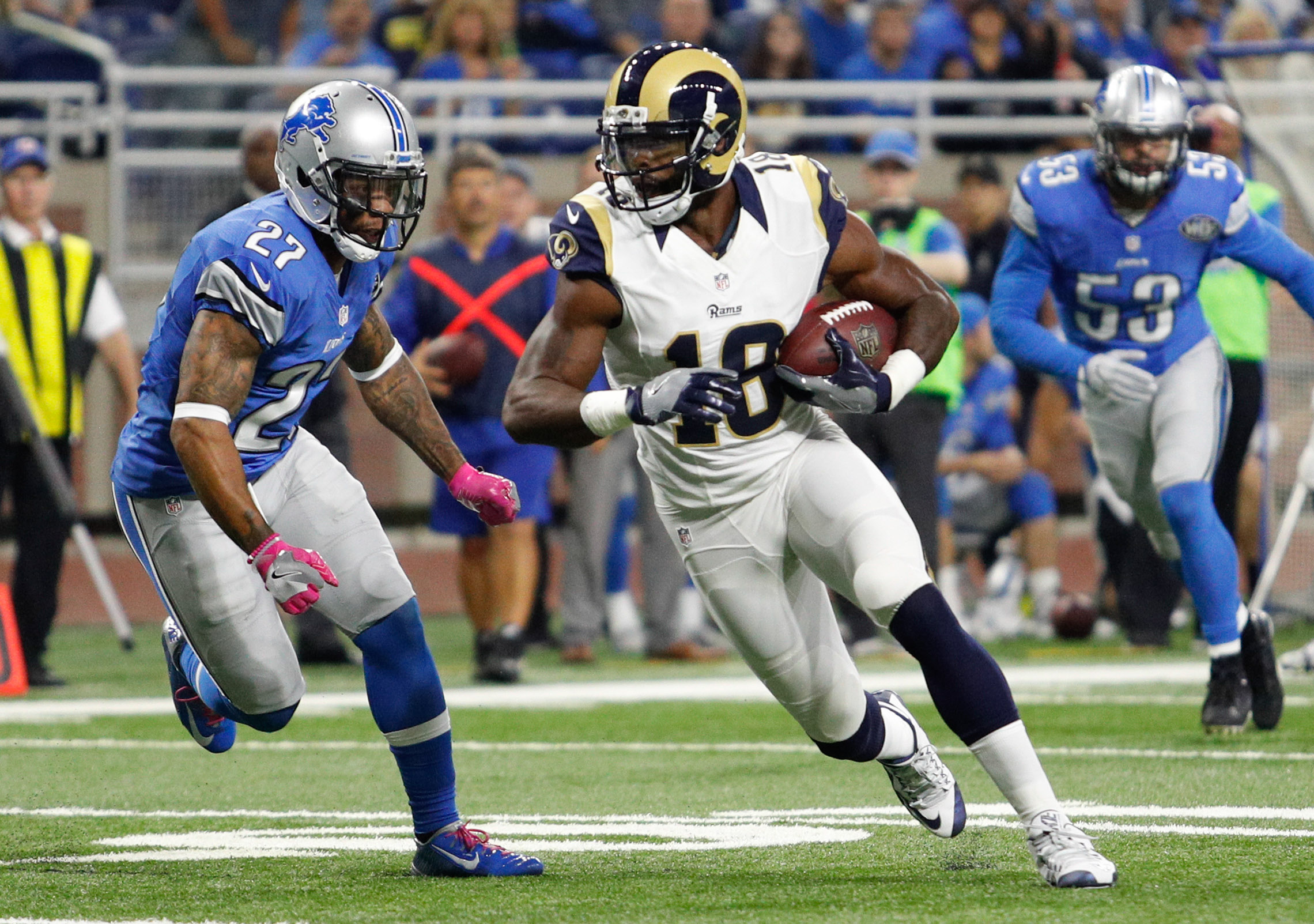 9636758-nfl-los-angeles-rams-at-detroit-lions