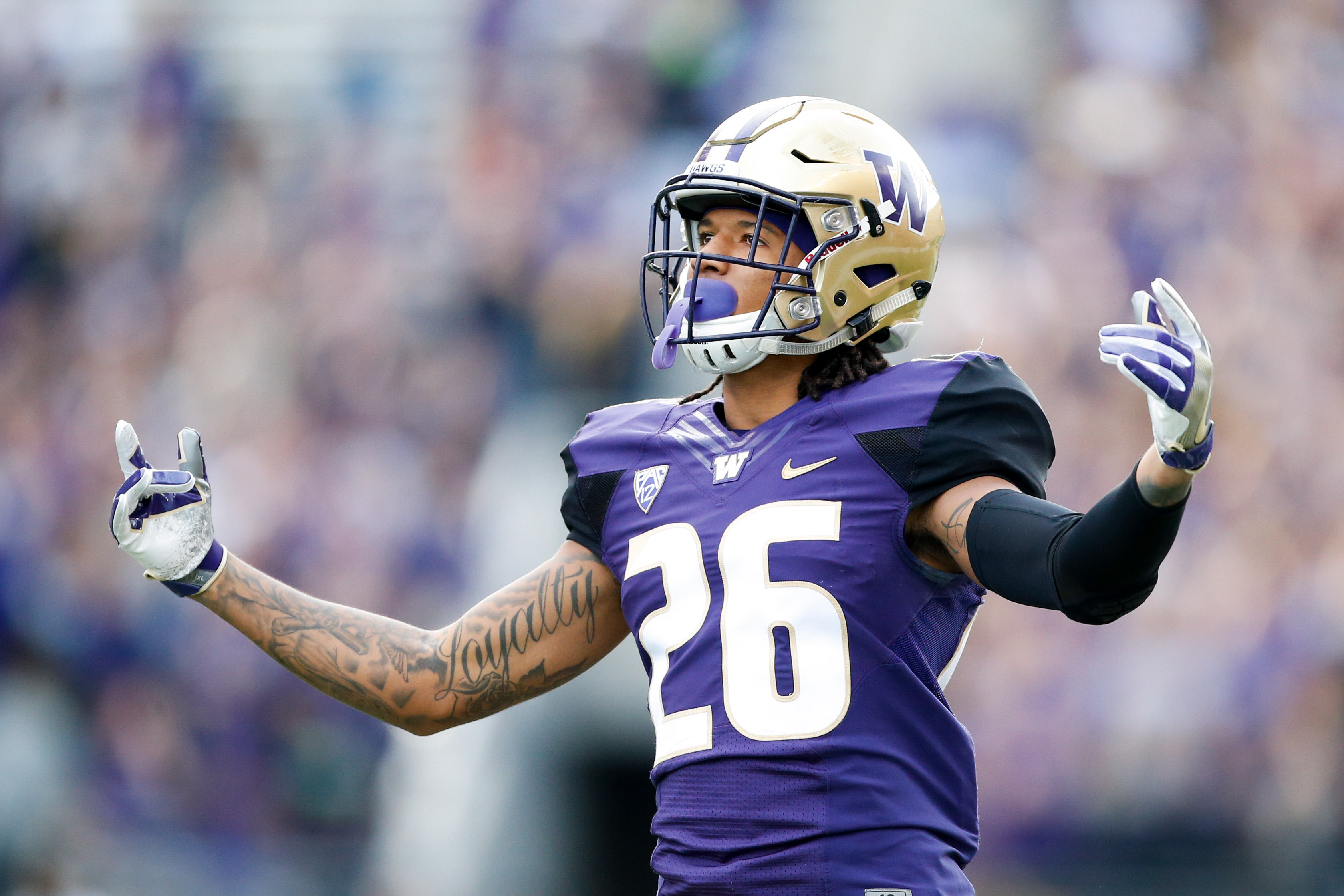 Oct 22, 2016; Seattle, WA, USA; Washington Huskies defensive back Sidney Jones (26) in action against the Oregon State Beavers during the first quarter at Husky Stadium. Washington won 41-17. Mandatory Credit: Jennifer Buchanan-USA TODAY Sports