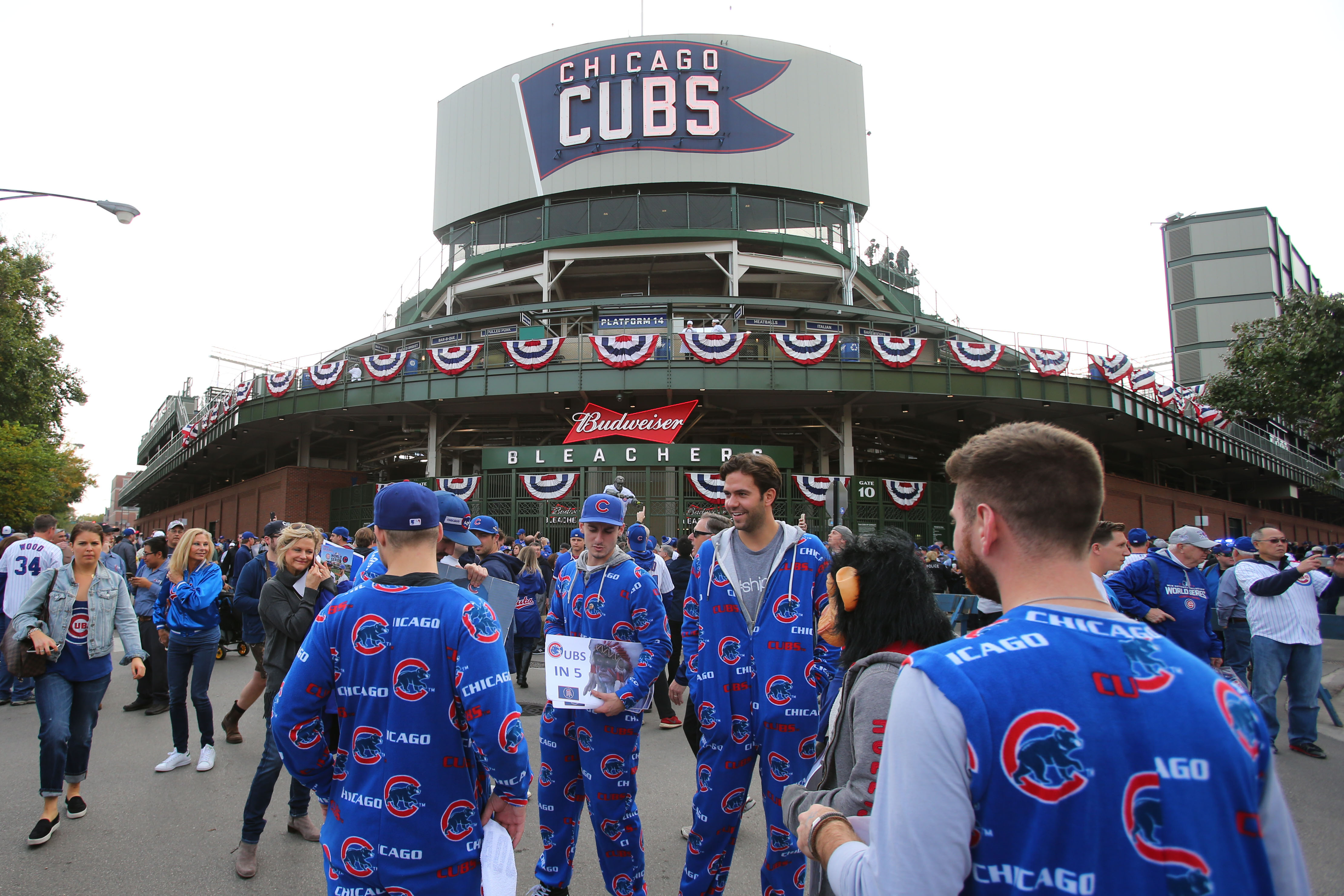 9638164-mlb-world-series-cleveland-indians-at-chicago-cubs