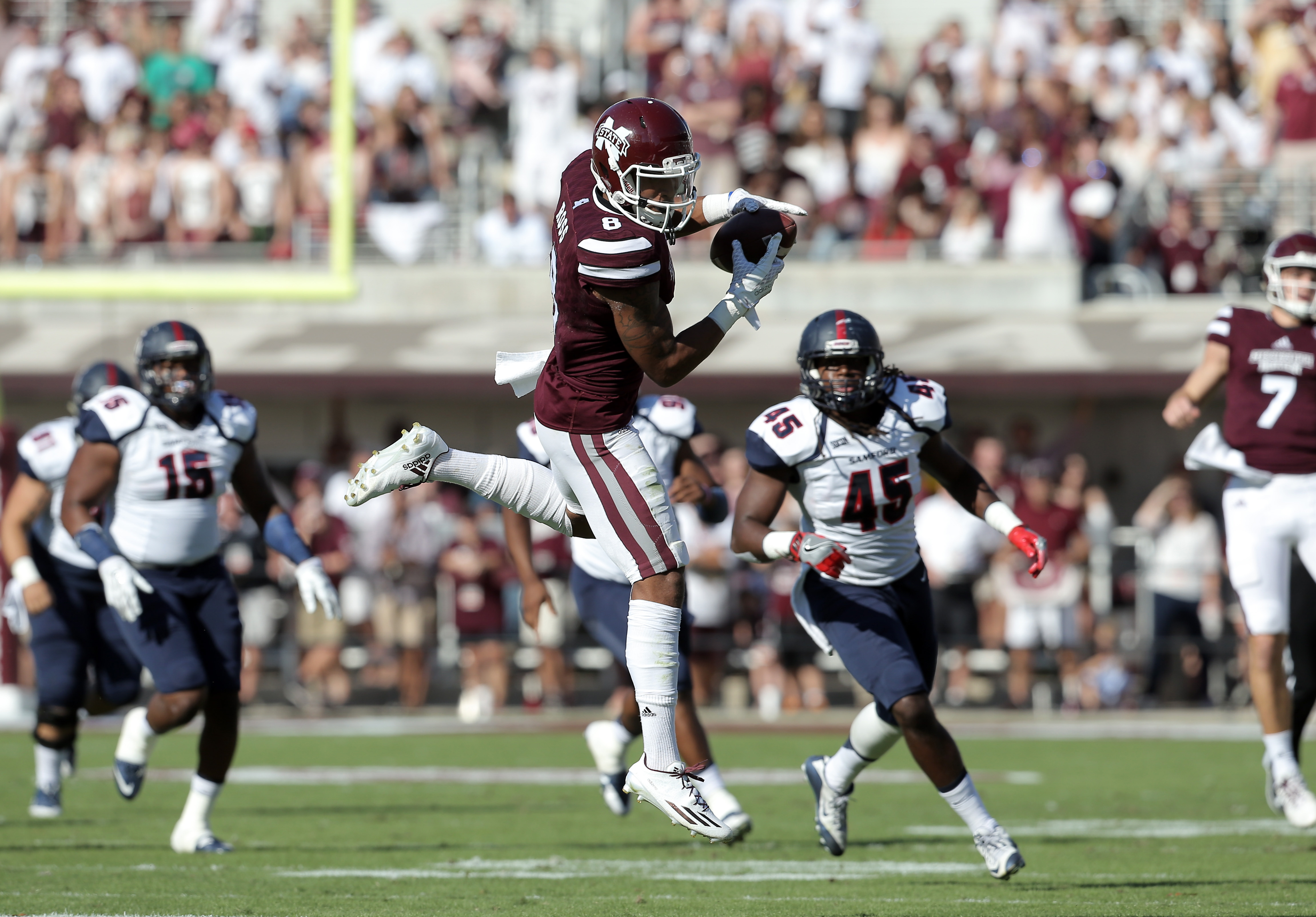 9640212-ncaa-football-samford-at-mississippi-state