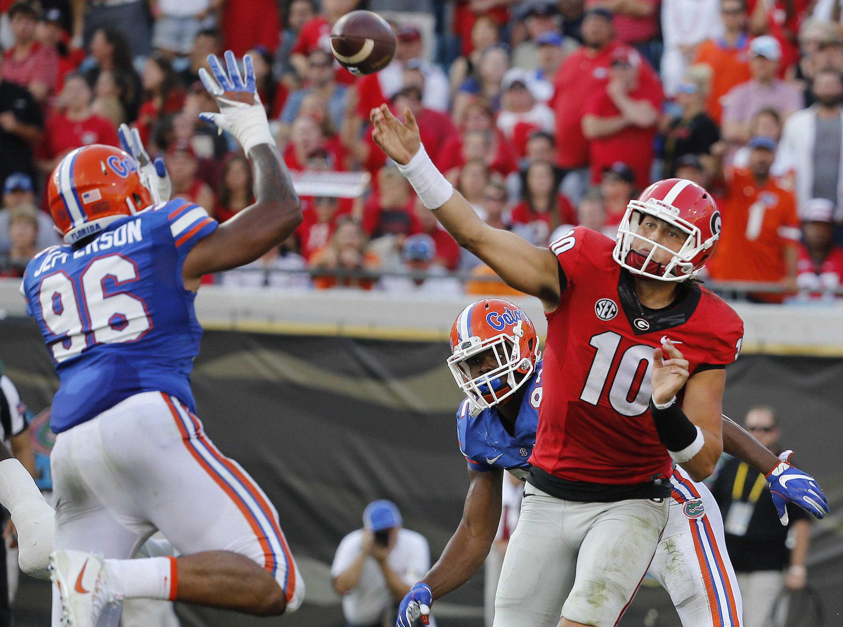 9640587-ncaa-football-georgia-vs-florida