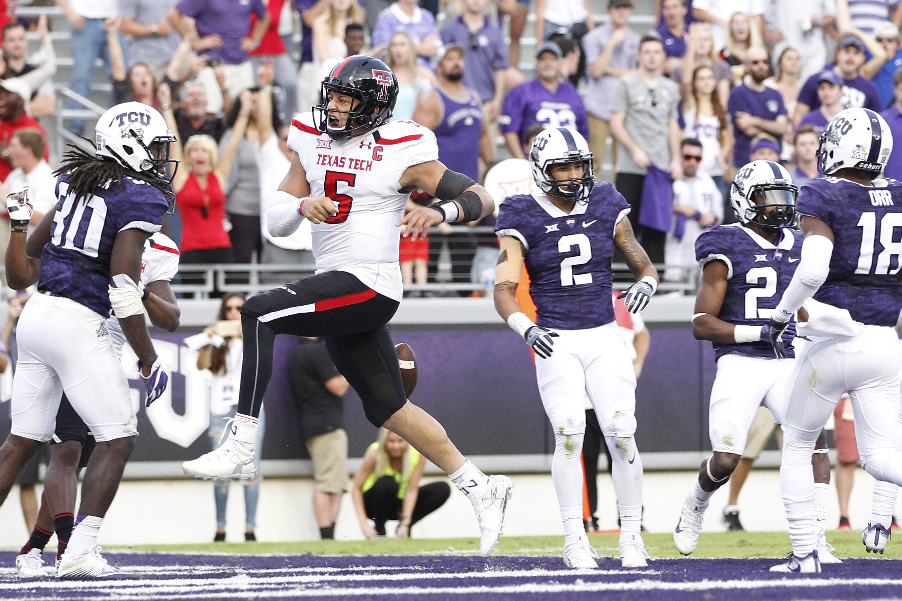 9640744-ncaa-football-texas-tech-at-texas-christian