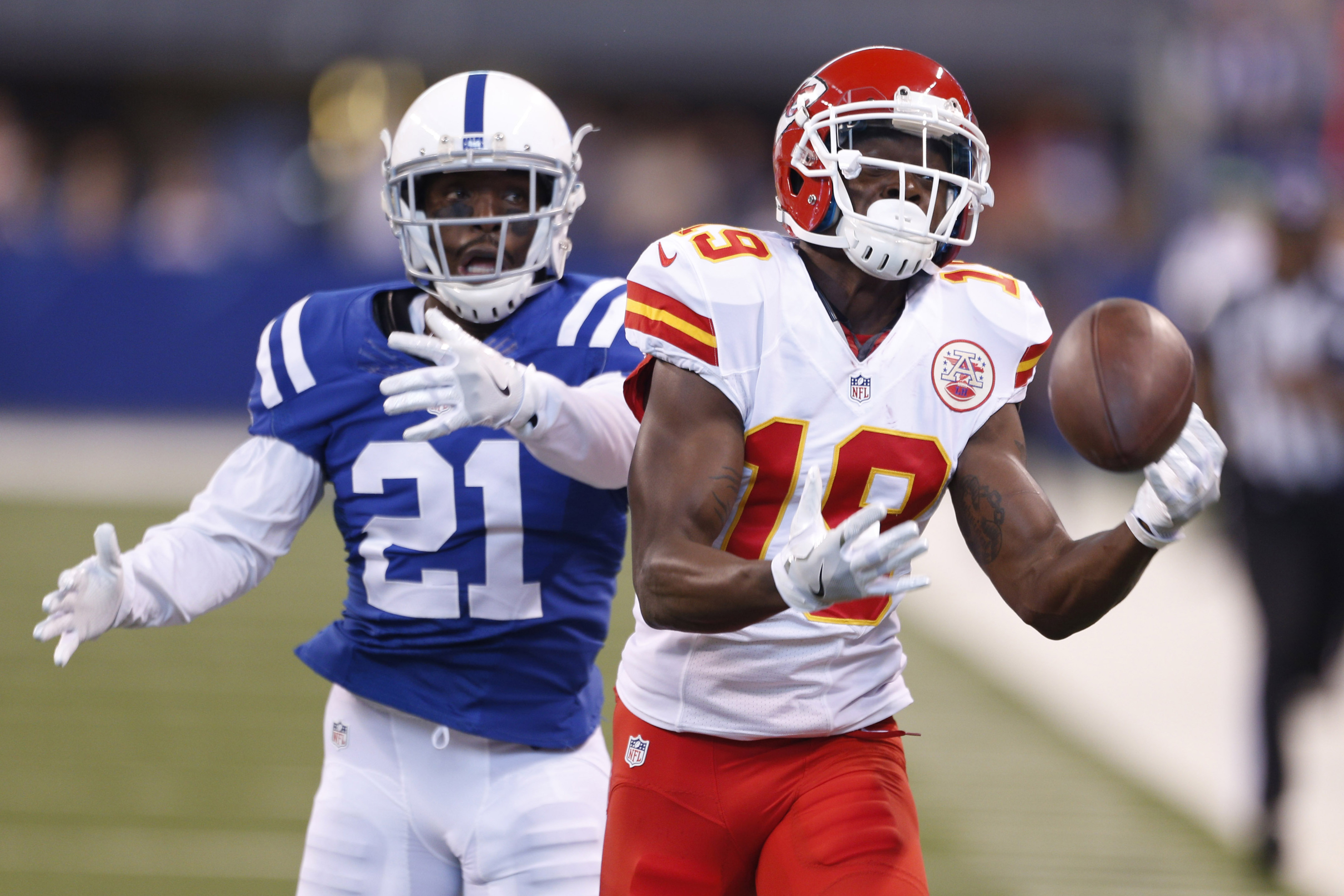 9642748-nfl-kansas-city-chiefs-at-indianapolis-colts