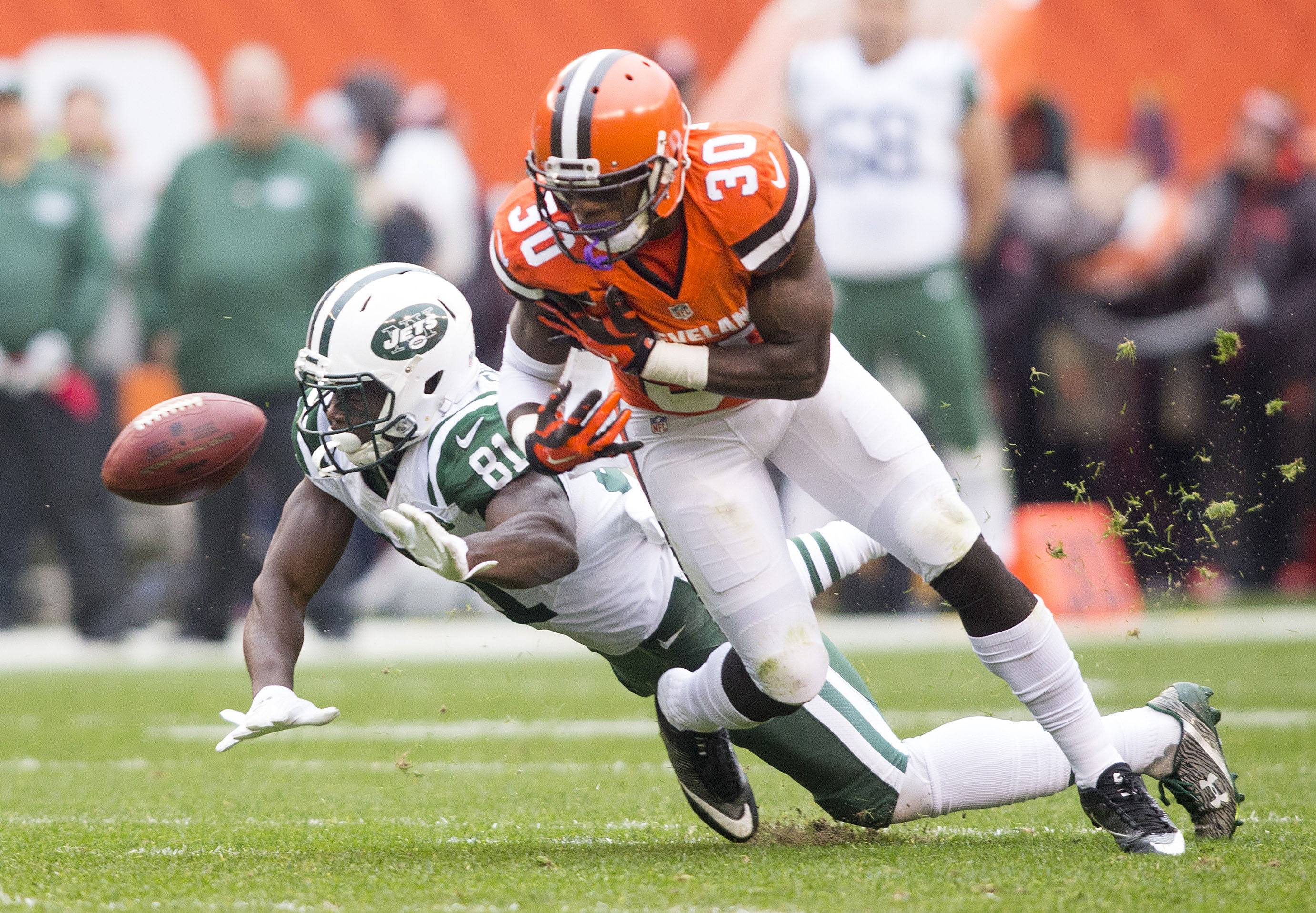 9643212-nfl-new-york-jets-at-cleveland-browns