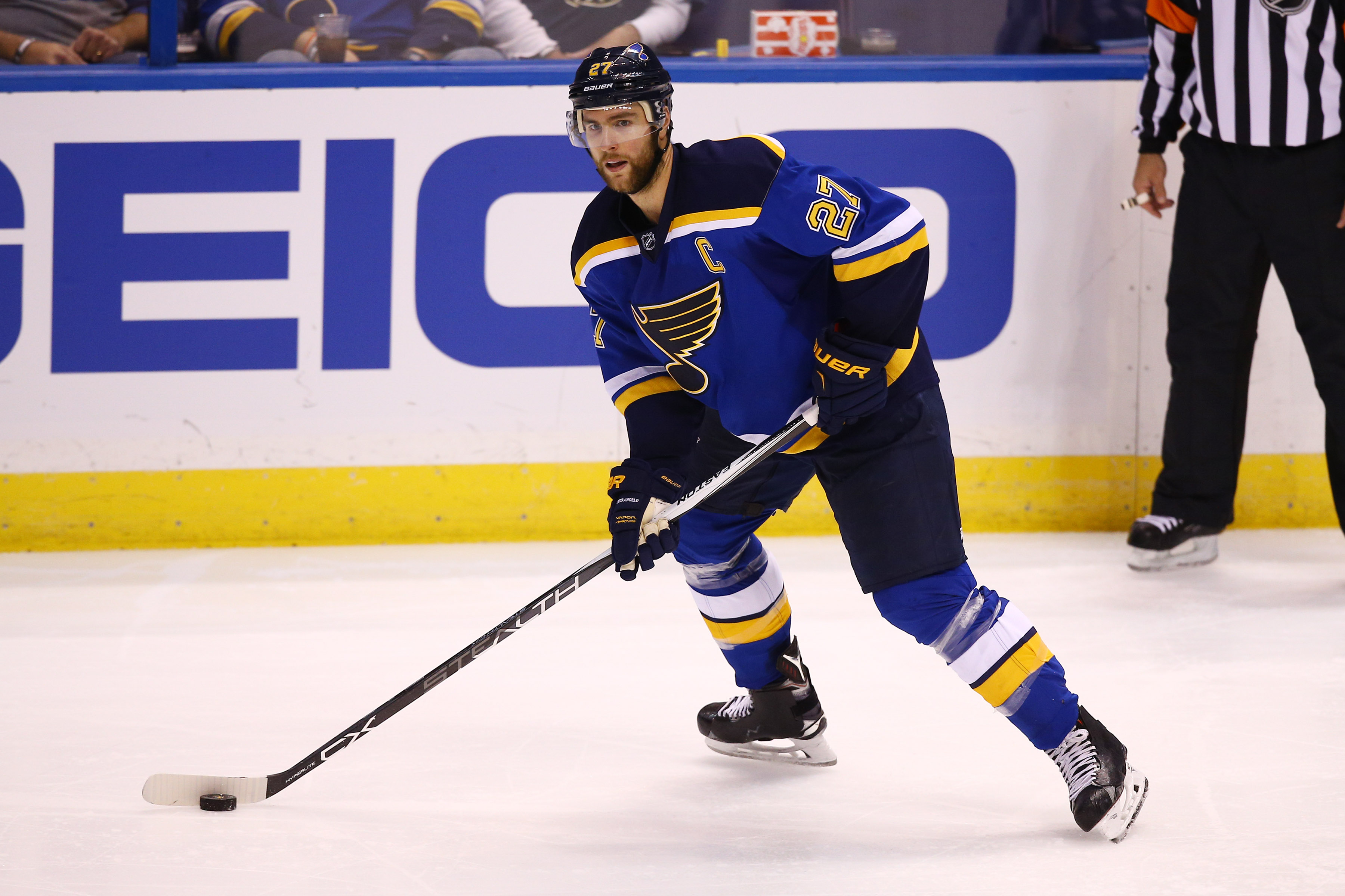 9646164-nhl-detroit-red-wings-at-st.-louis-blues