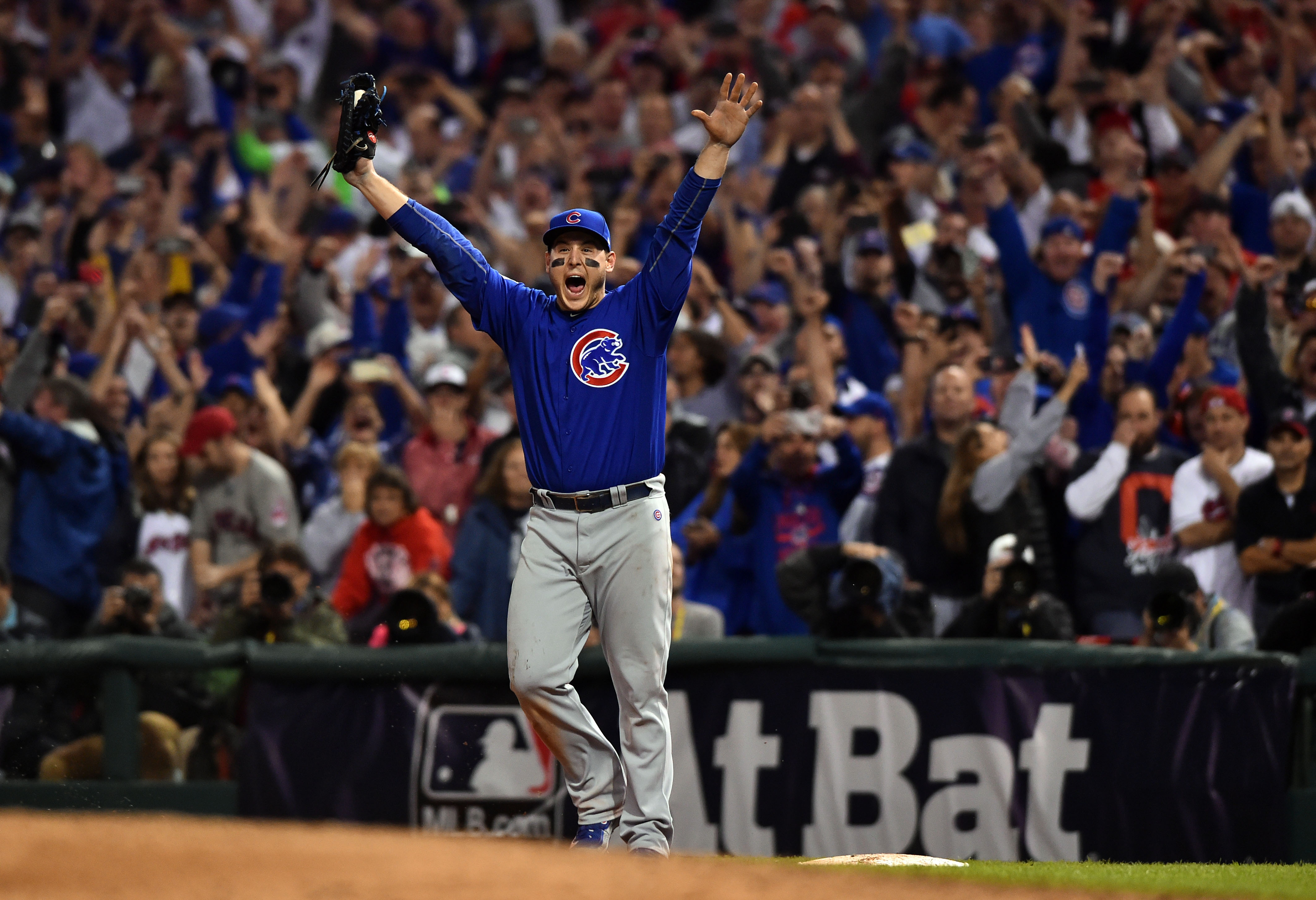 Chicago Cubs: Anthony Rizzo talks Body Armor, longstanding ...