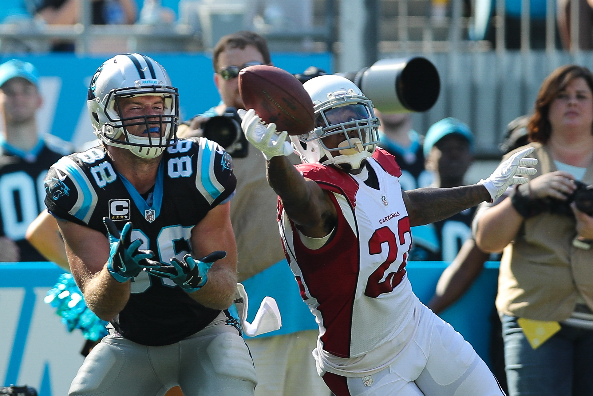 9652509-nfl-arizona-cardinals-at-carolina-panthers-1