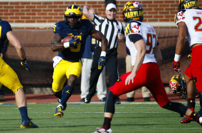 Nov 5, 2016; Ann Arbor, MI, USA; Michigan Wolverines linebacker Jabrill Peppers (5) runs the ball in the first half against the Maryland Terrapins at Michigan Stadium. Mandatory Credit: Rick Osentoski-USA TODAY Sports