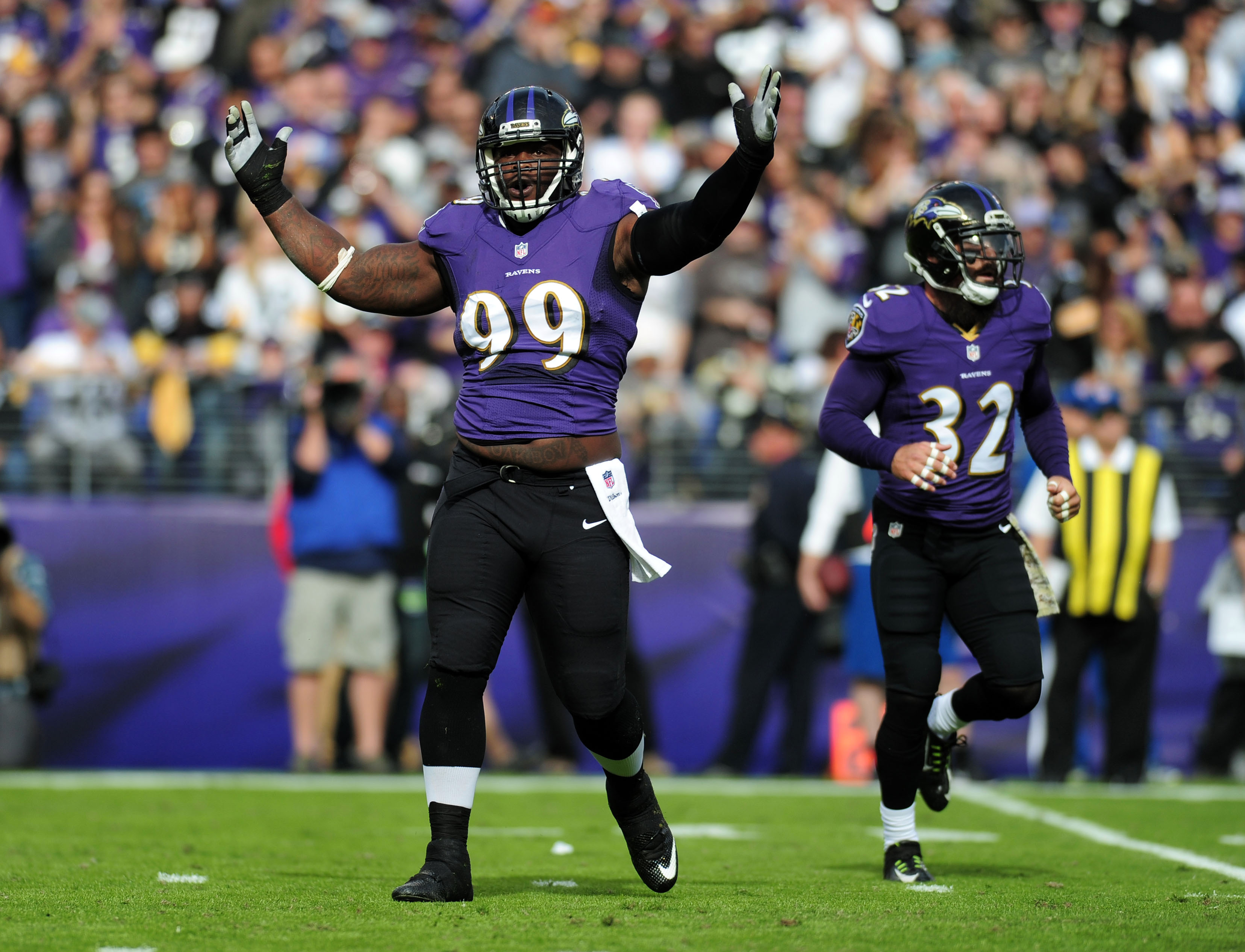 9658203-nfl-pittsburgh-steelers-at-baltimore-ravens