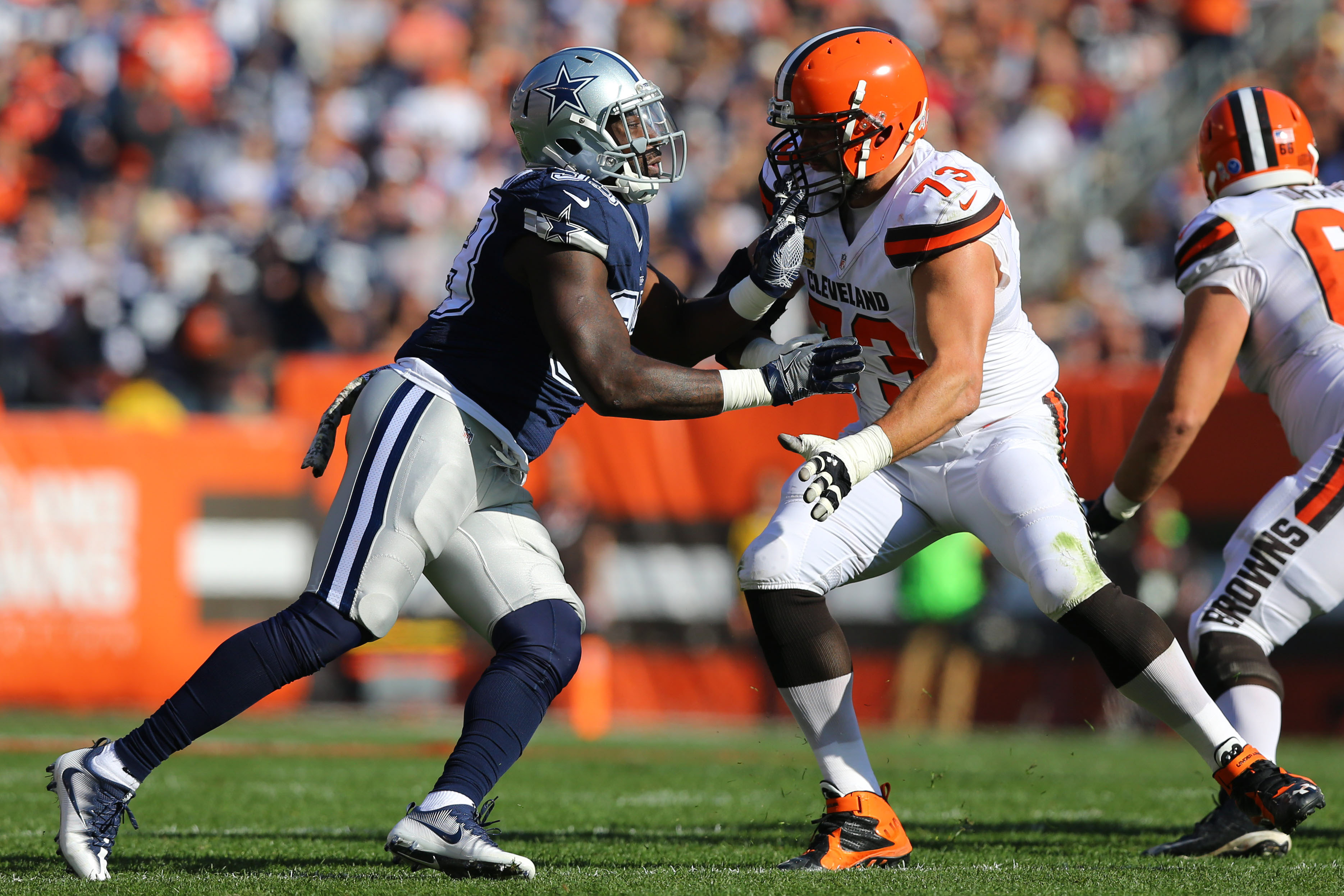 9666772-nfl-dallas-cowboys-at-cleveland-browns