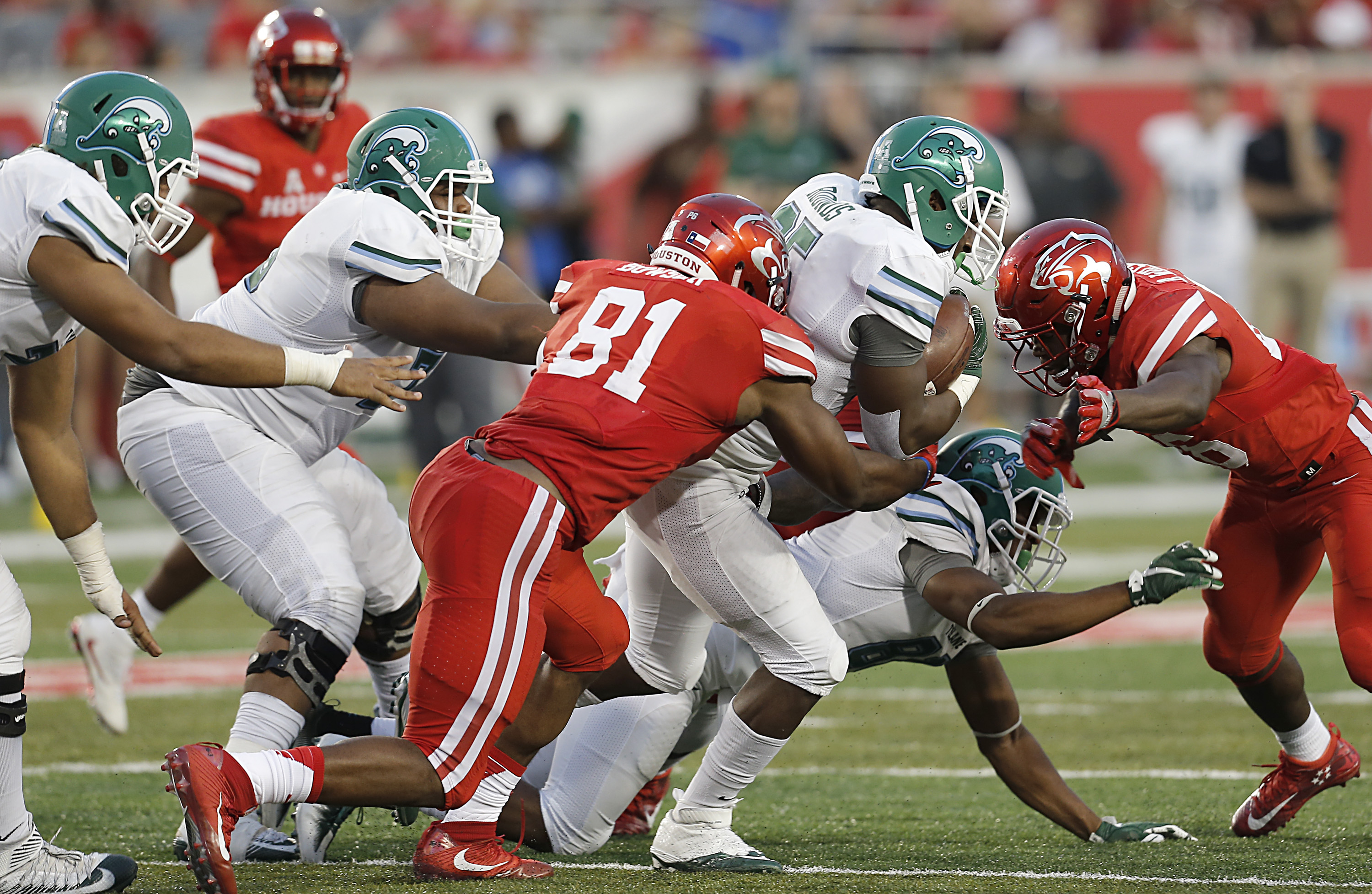 9672178-ncaa-football-tulane-at-houston-2