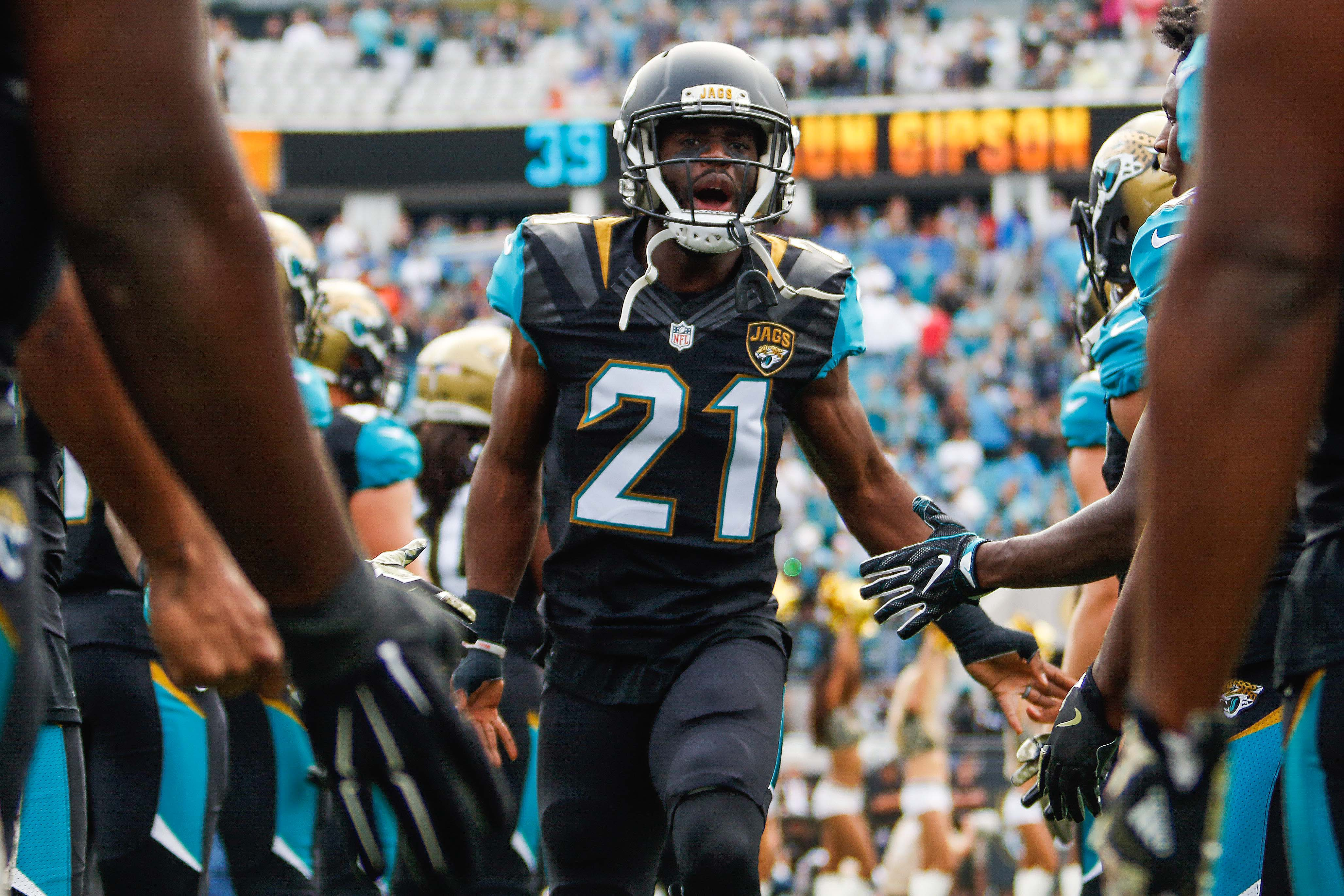 9682861-nfl-houston-texans-at-jacksonville-jaguars-4