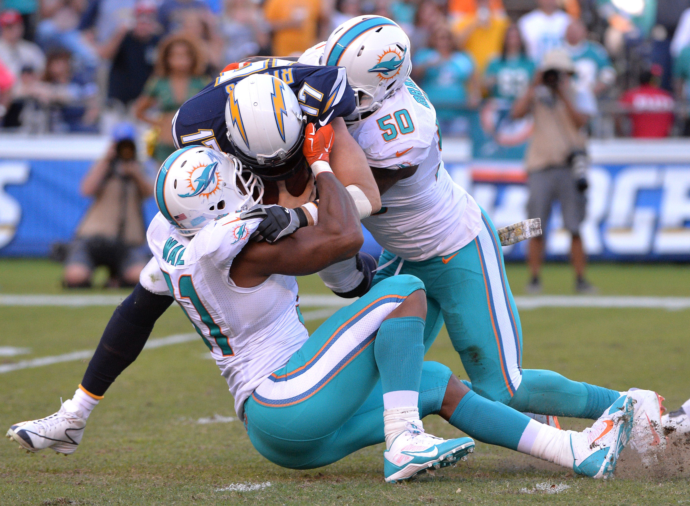 9683229-nfl-miami-dolphins-at-san-diego-chargers
