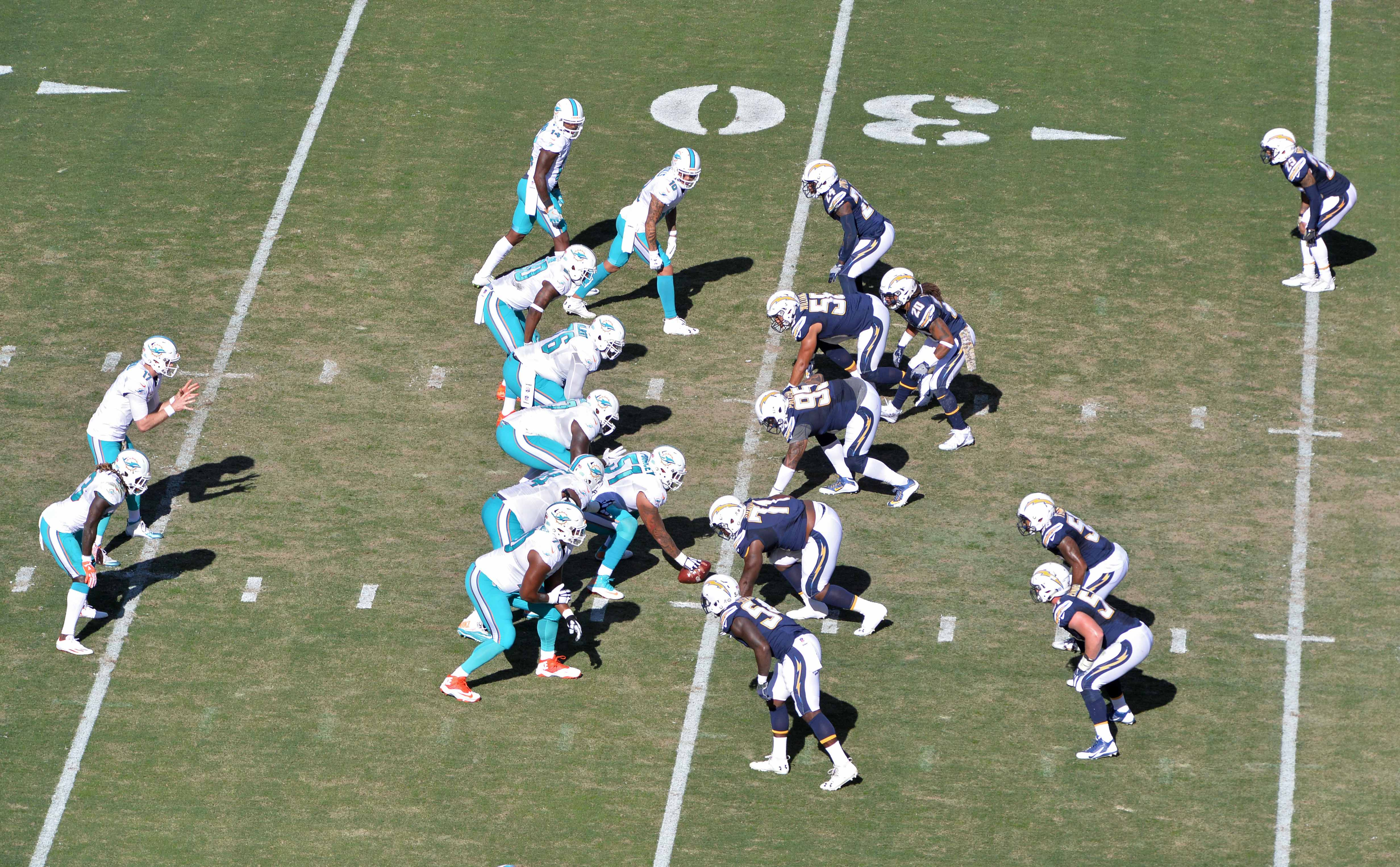 9683385-nfl-miami-dolphins-at-san-diego-chargers