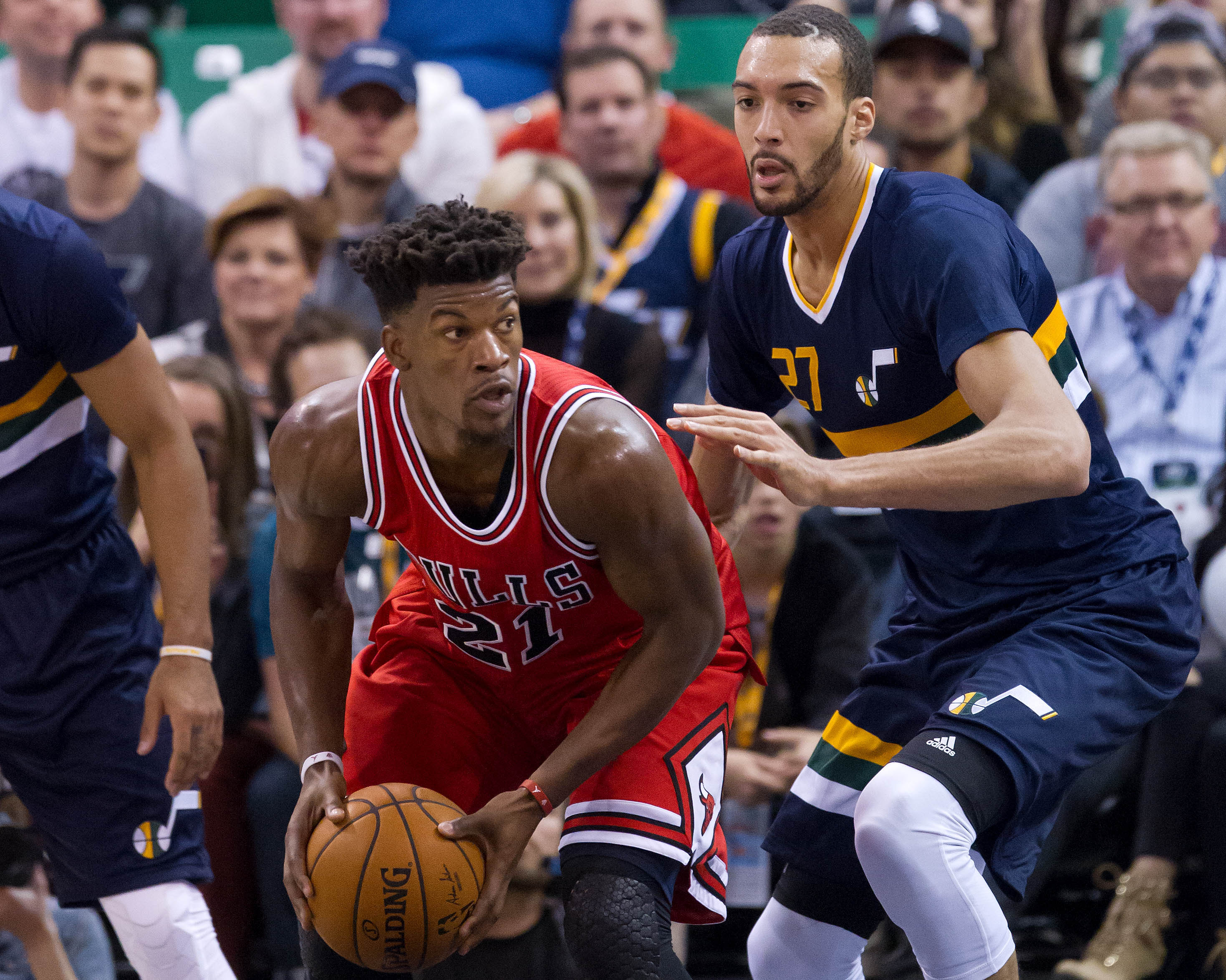 9685099-nba-chicago-bulls-at-utah-jazz