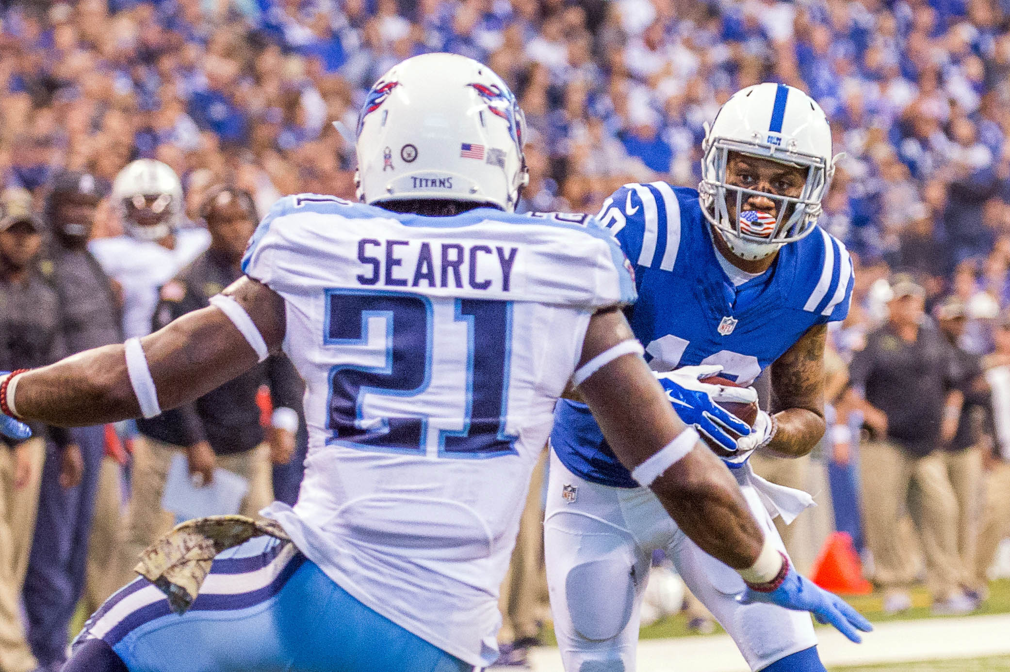 9693381-nfl-tennessee-titans-at-indianapolis-colts