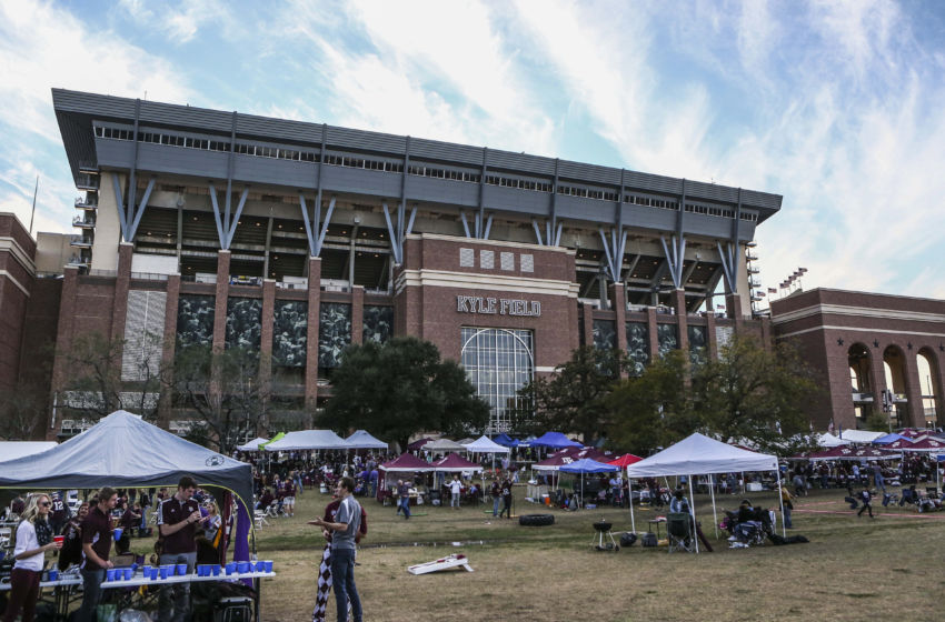 Top 20 college football stadiums you must see in your