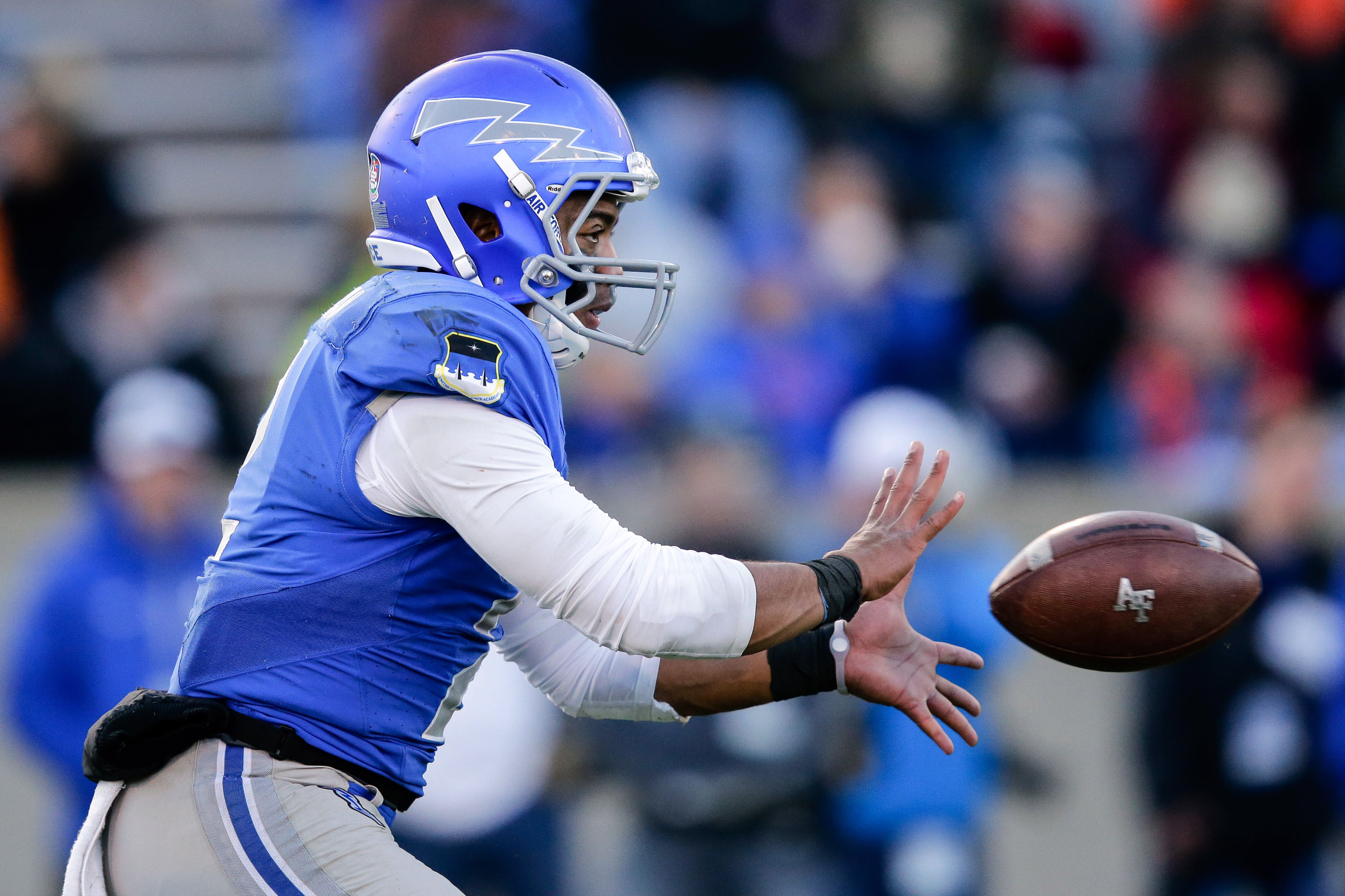9702179-ncaa-football-boise-state-at-air-force