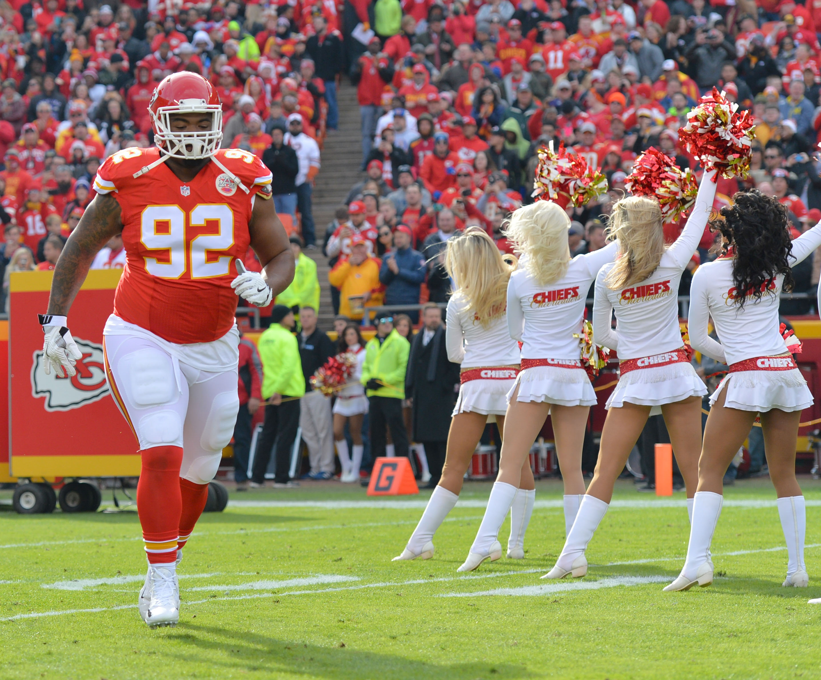 9704886-nfl-tampa-bay-buccaneers-at-kansas-city-chiefs-1