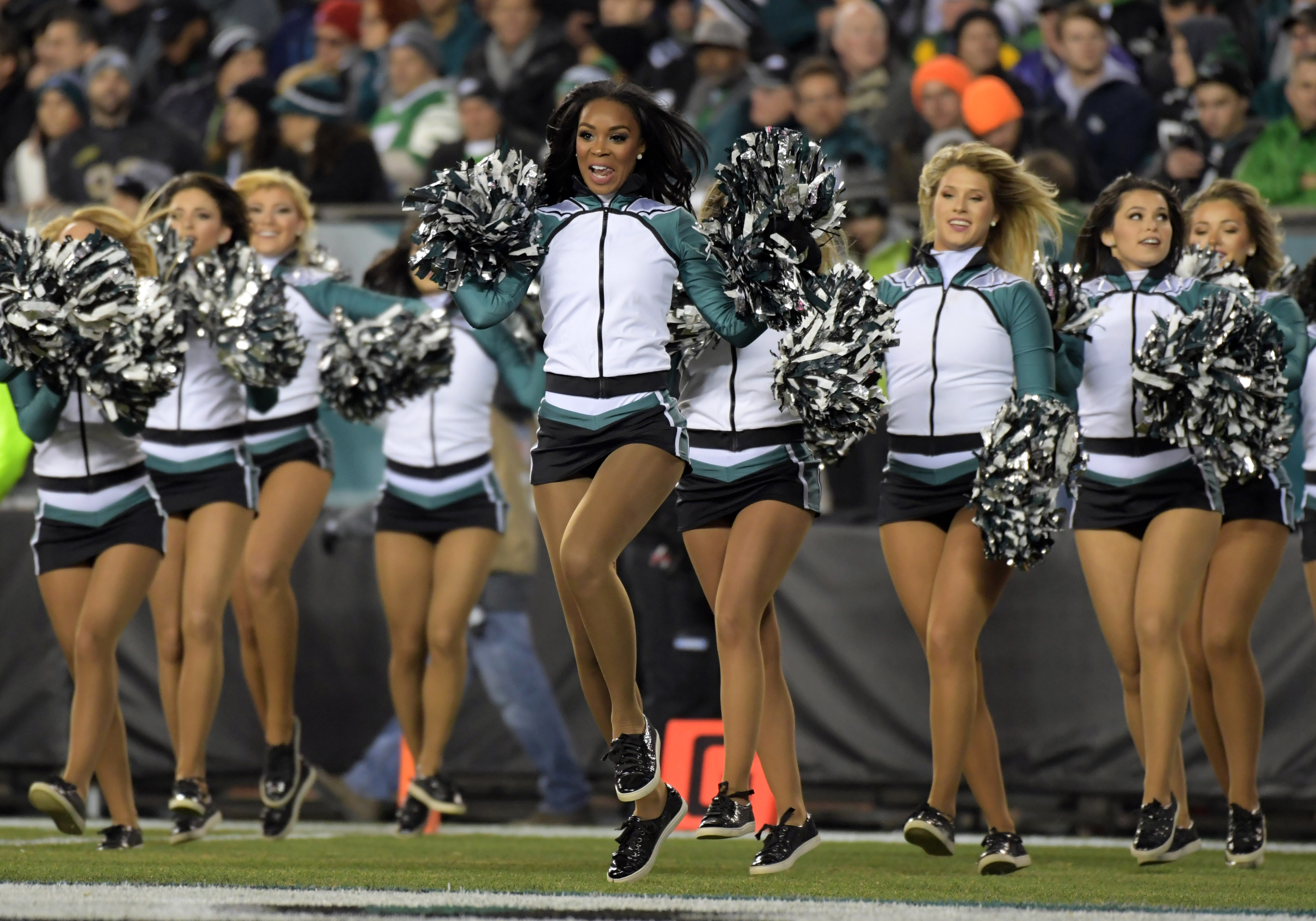 9711359-nfl-green-bay-packers-at-philadelphia-eagles