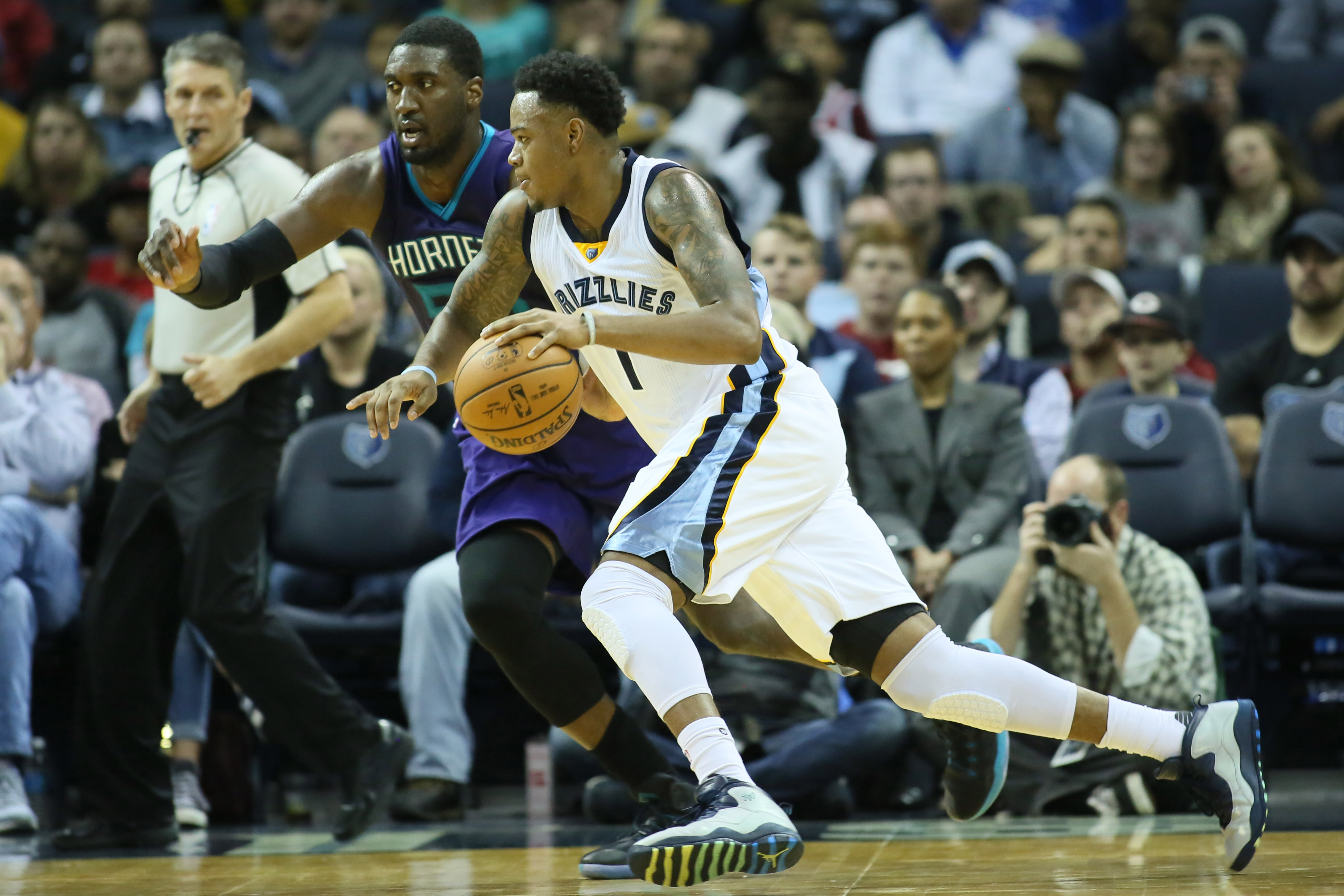 9711549-nba-charlotte-hornets-at-memphis-grizzlies