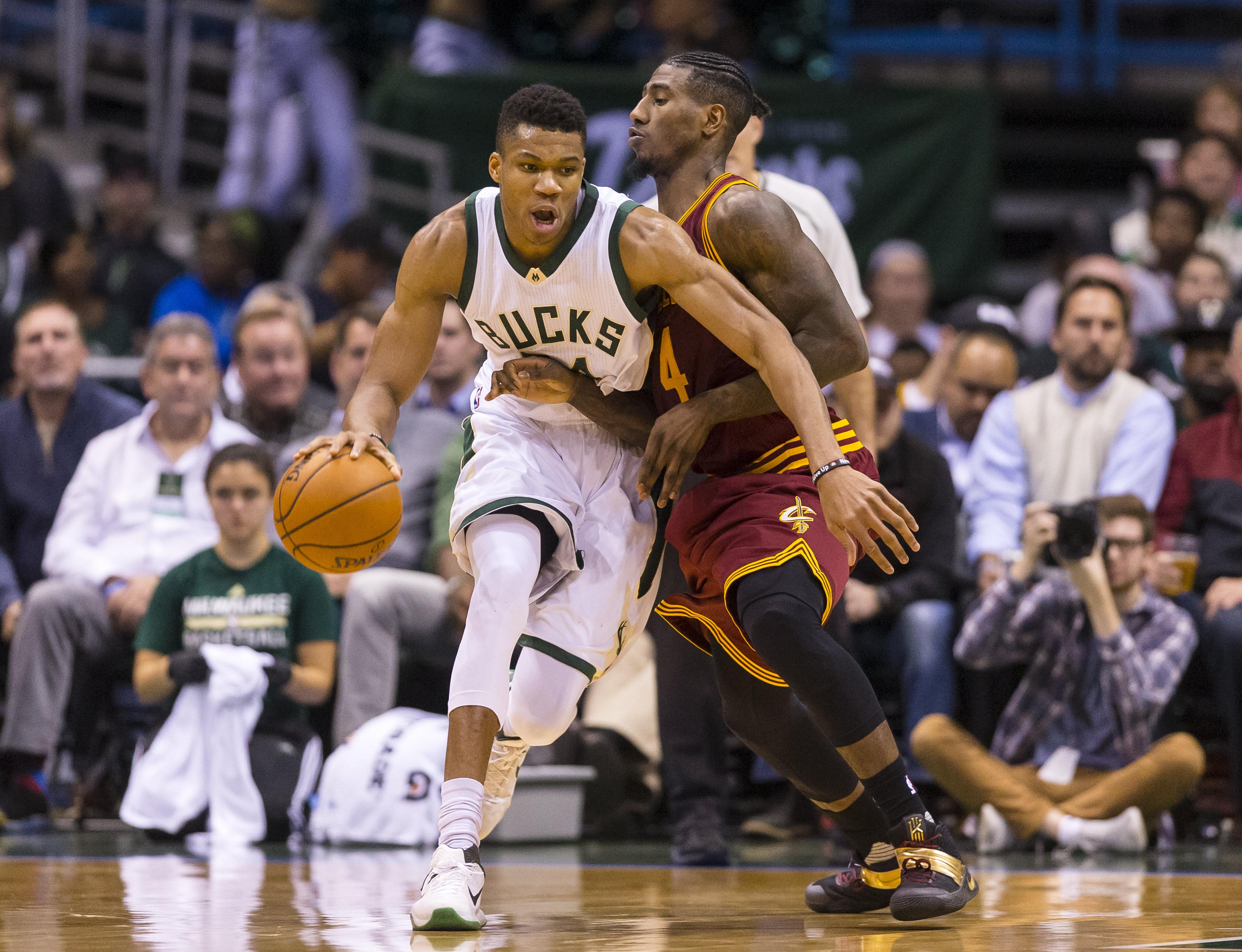9712331-nba-cleveland-cavaliers-at-milwaukee-bucks