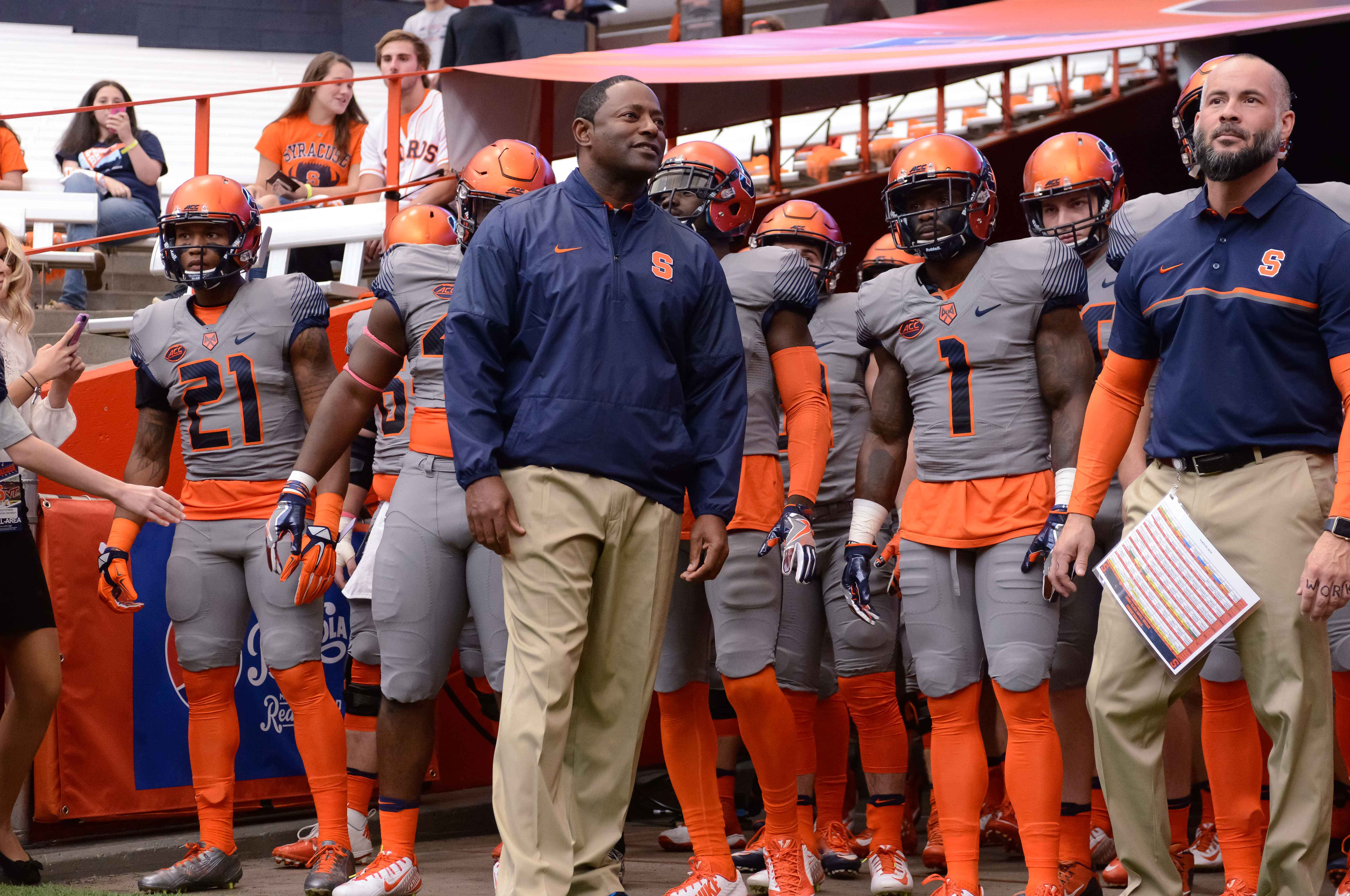 9713596-ncaa-football-virginia-tech-at-syracuse