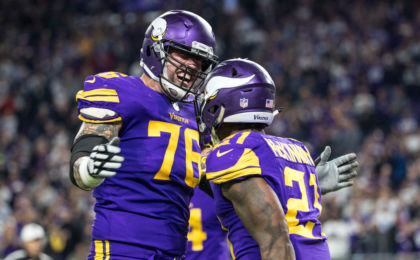 9716848-nfl-dallas-cowboys-at-minnesota-vikings-420x260