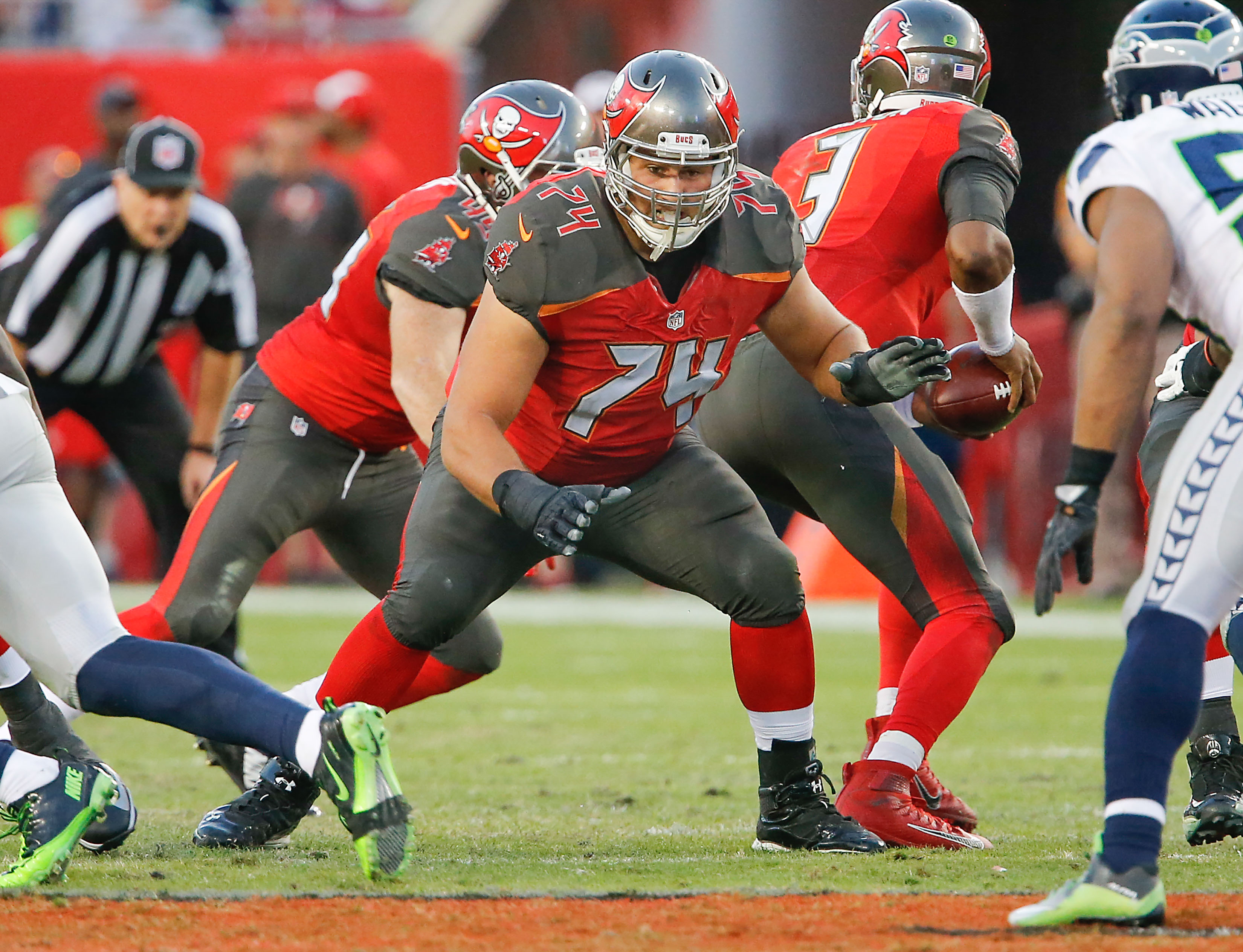 9718949-nfl-seattle-seahawks-at-tampa-bay-buccaneers