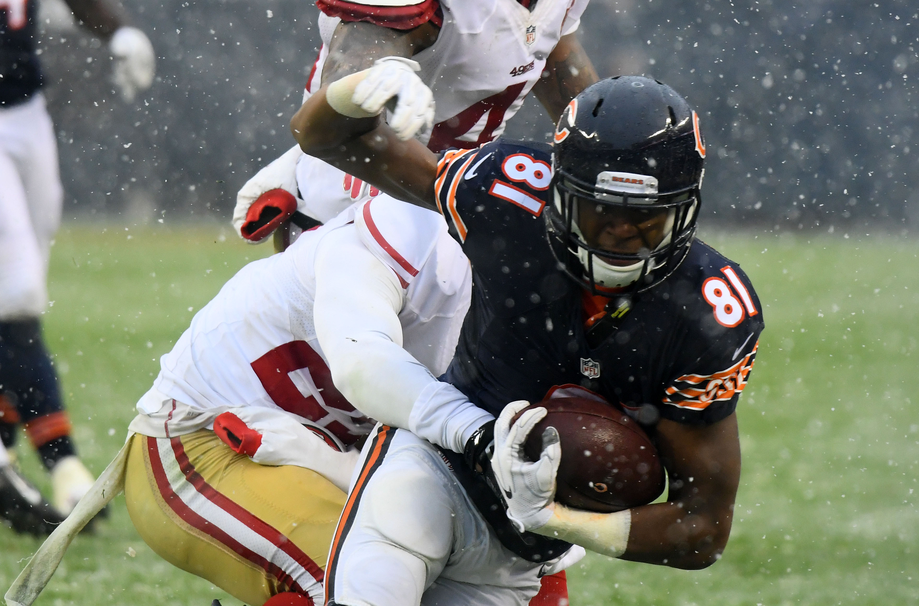 9724729-nfl-san-francisco-49ers-at-chicago-bears