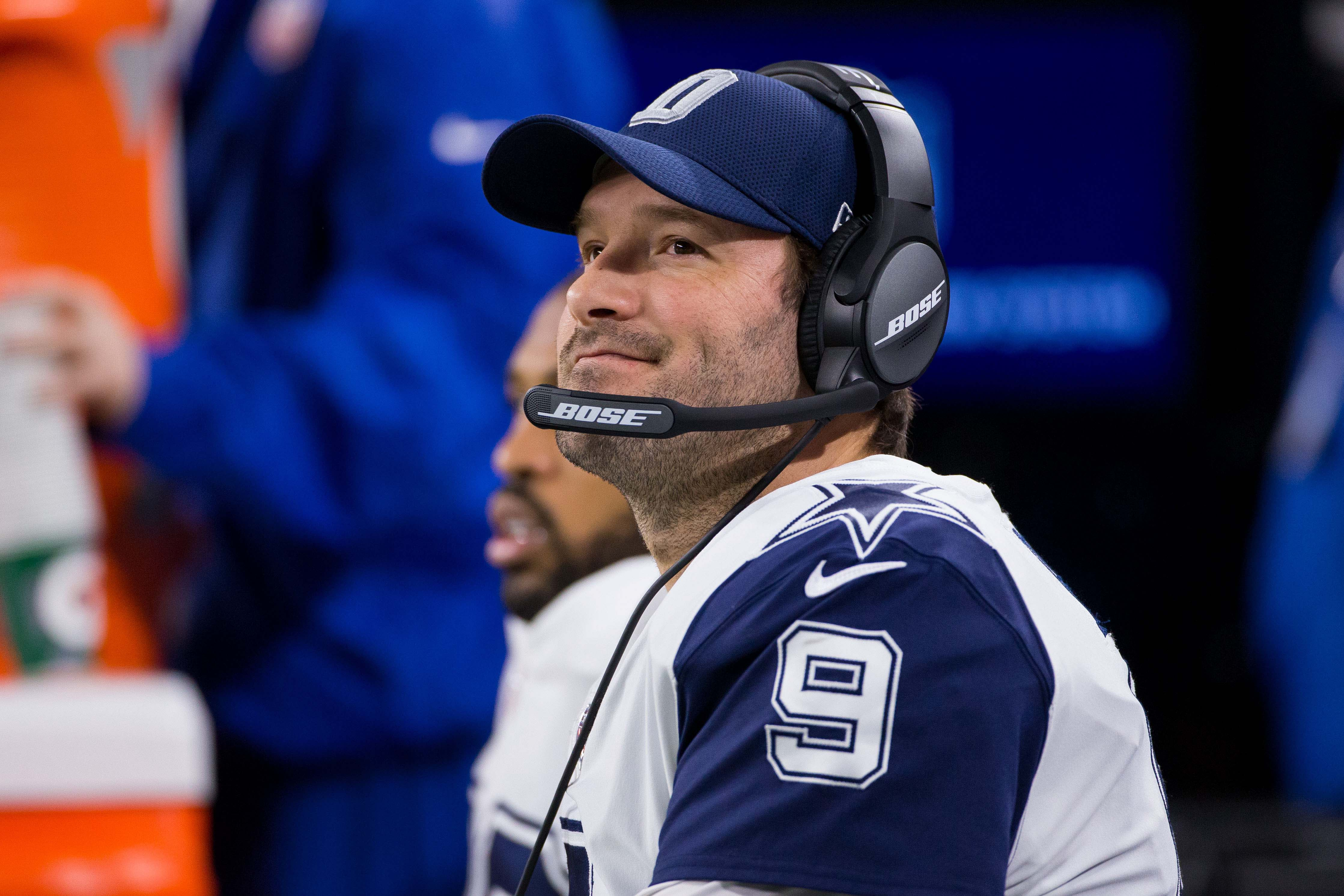 Jerry Jones makes statement after releasing Tony Romo