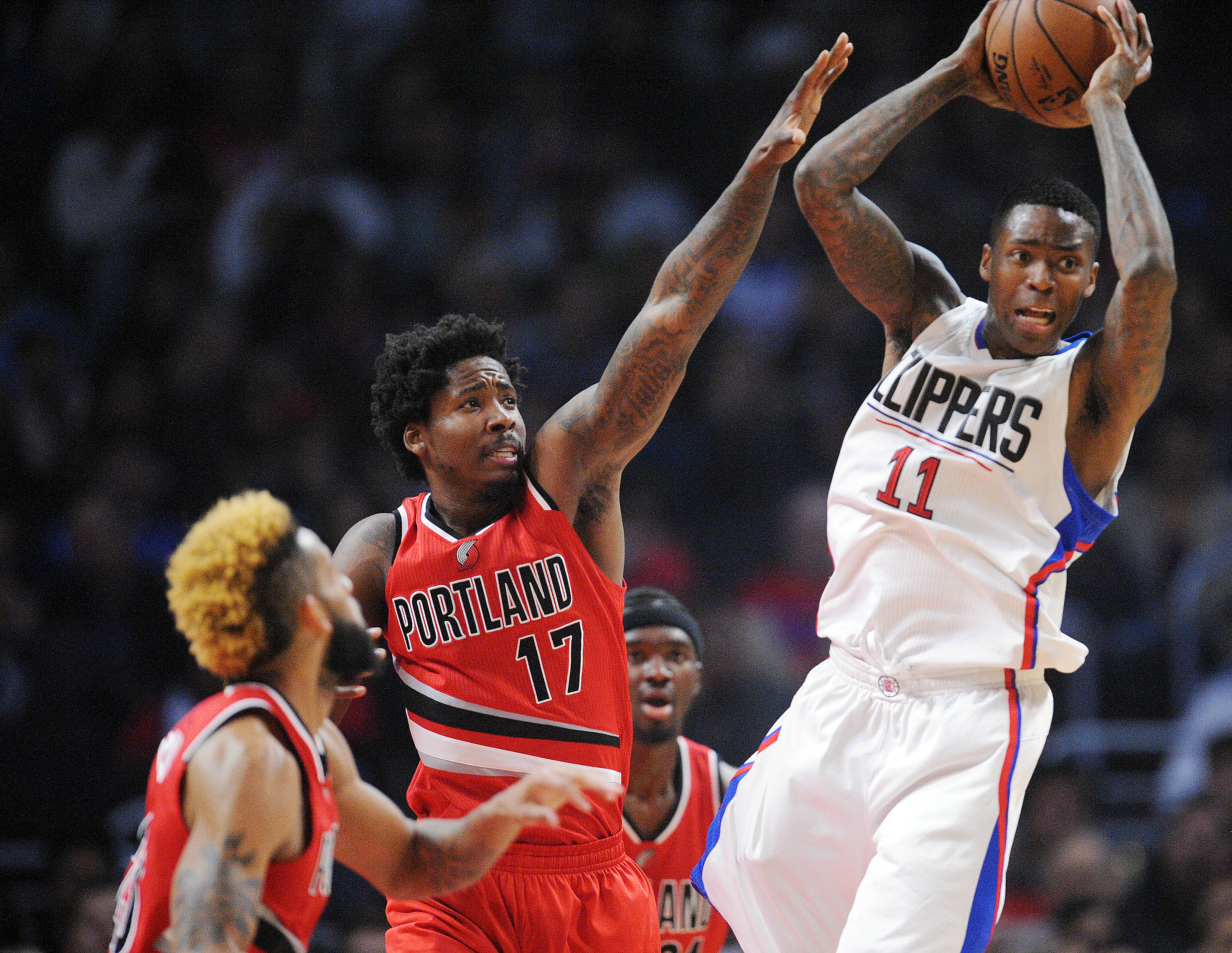 9744976-nba-portland-trail-blazers-at-los-angeles-clippers