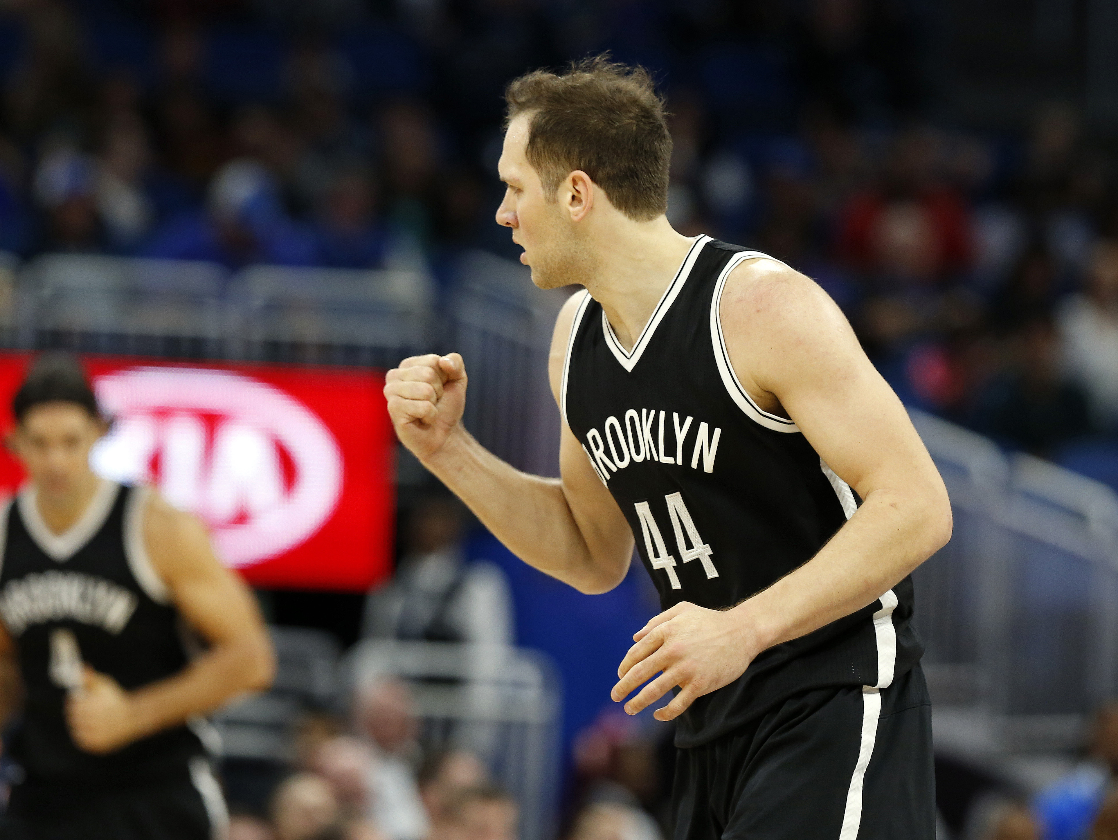 9749570-nba-brooklyn-nets-at-orlando-magic