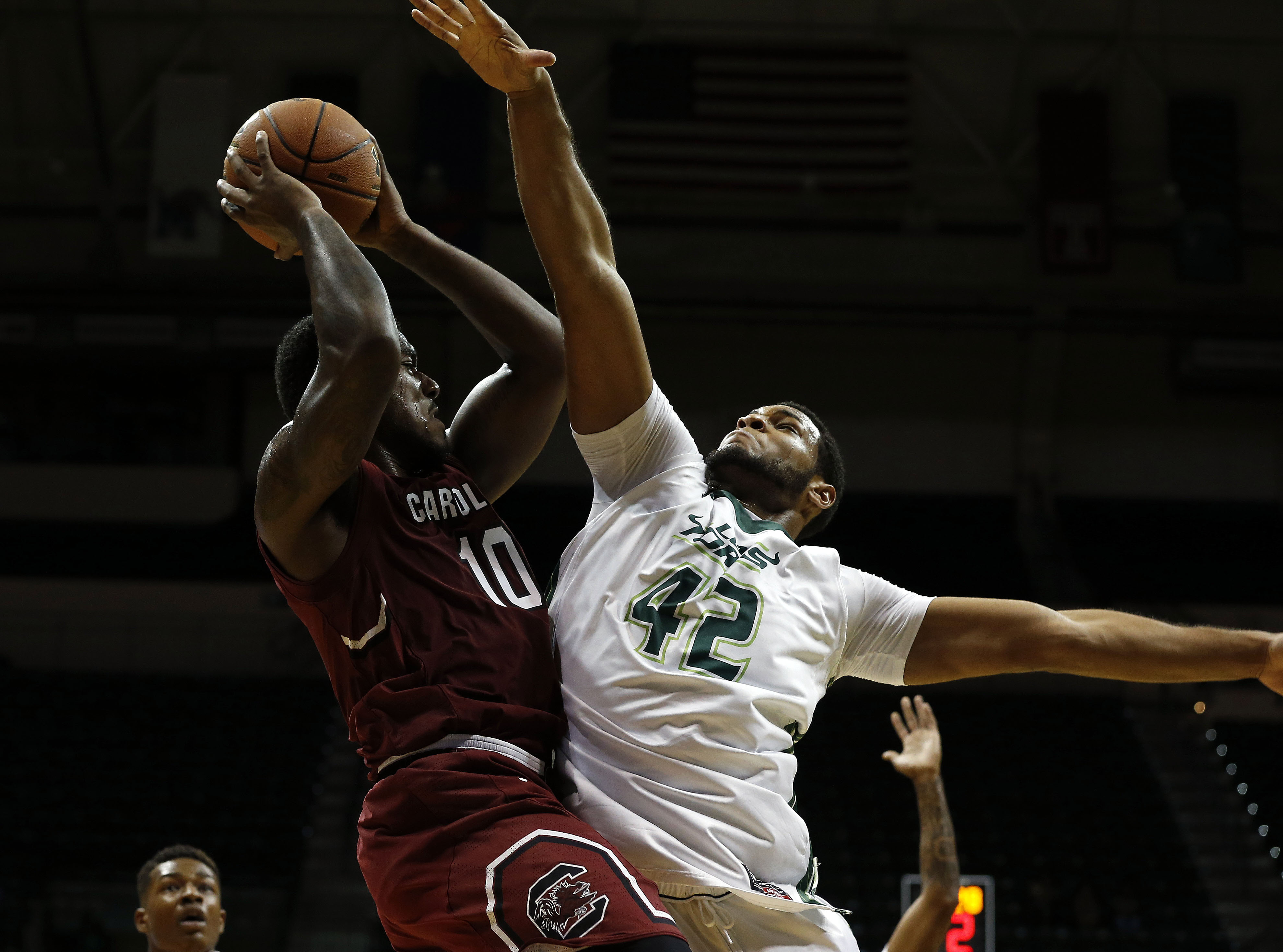 9750980-ncaa-basketball-south-carolina-at-south-florida